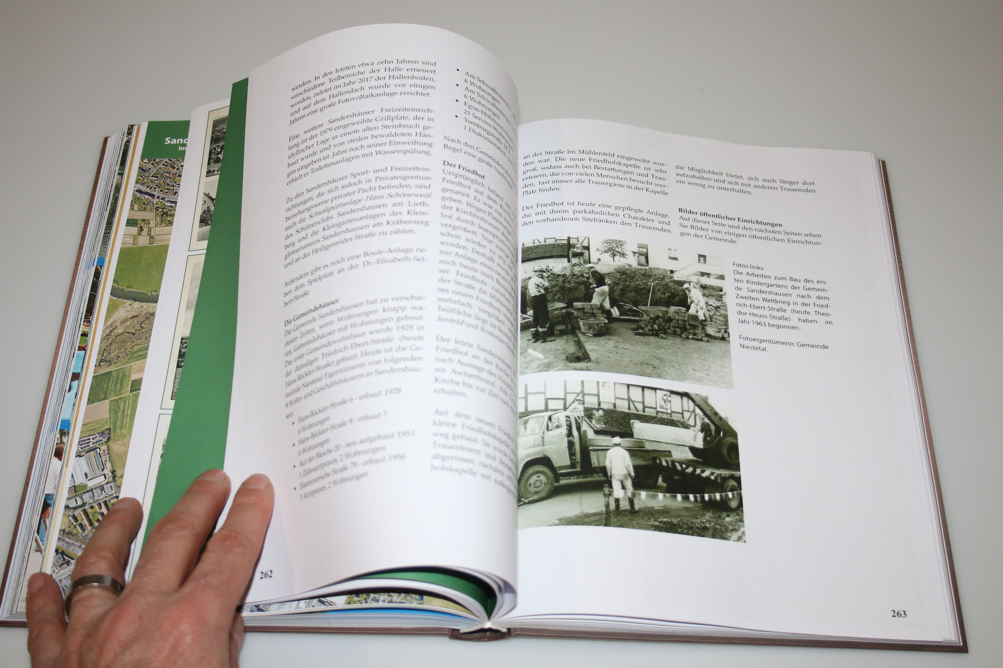 Auflage 300 Stück, Fadenheftung, Digitaldruck, Hardcover