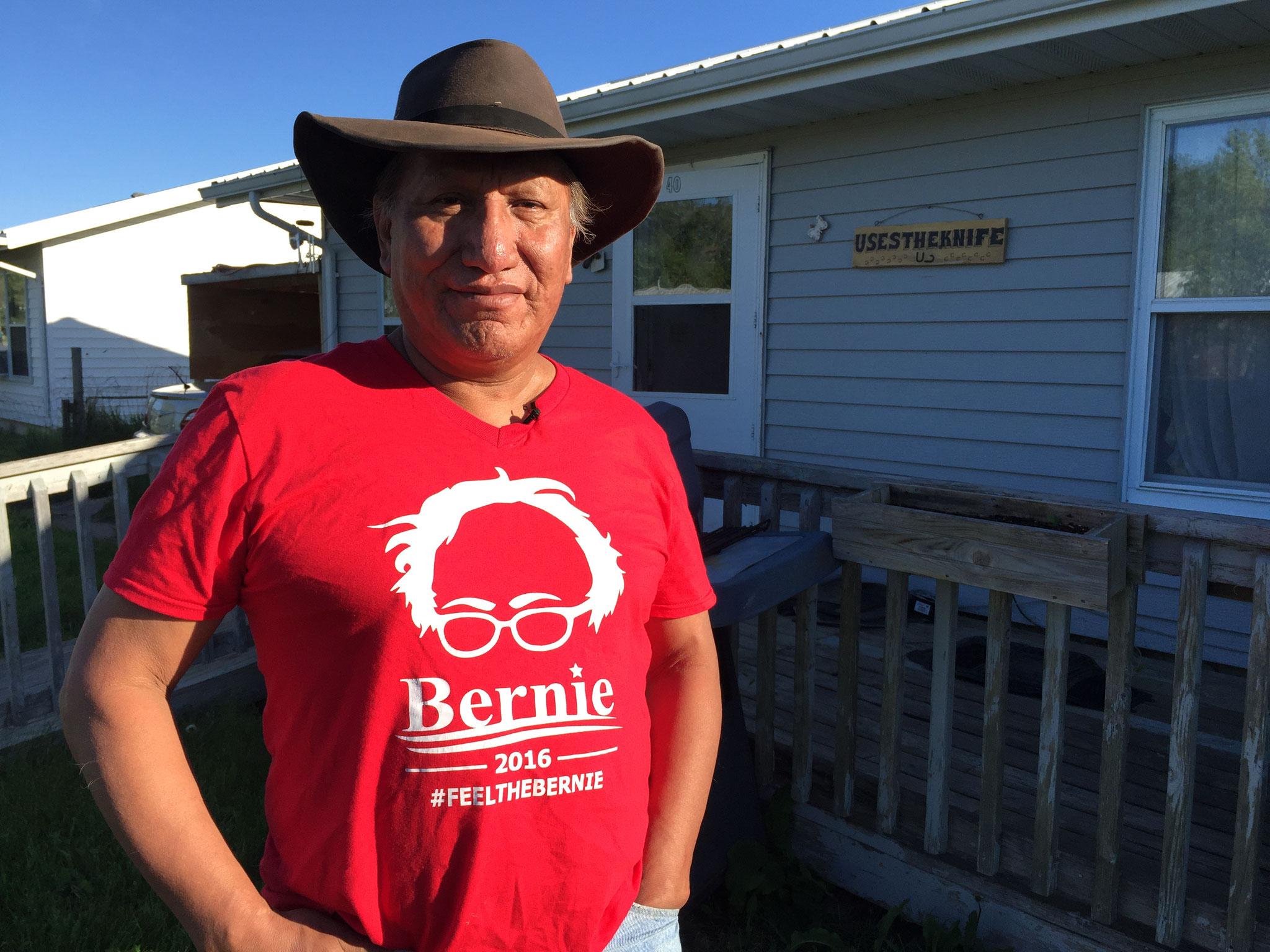 Raymond Uses the Knife ist Ureinwohner Amerikas - und fühlt sich vergessen