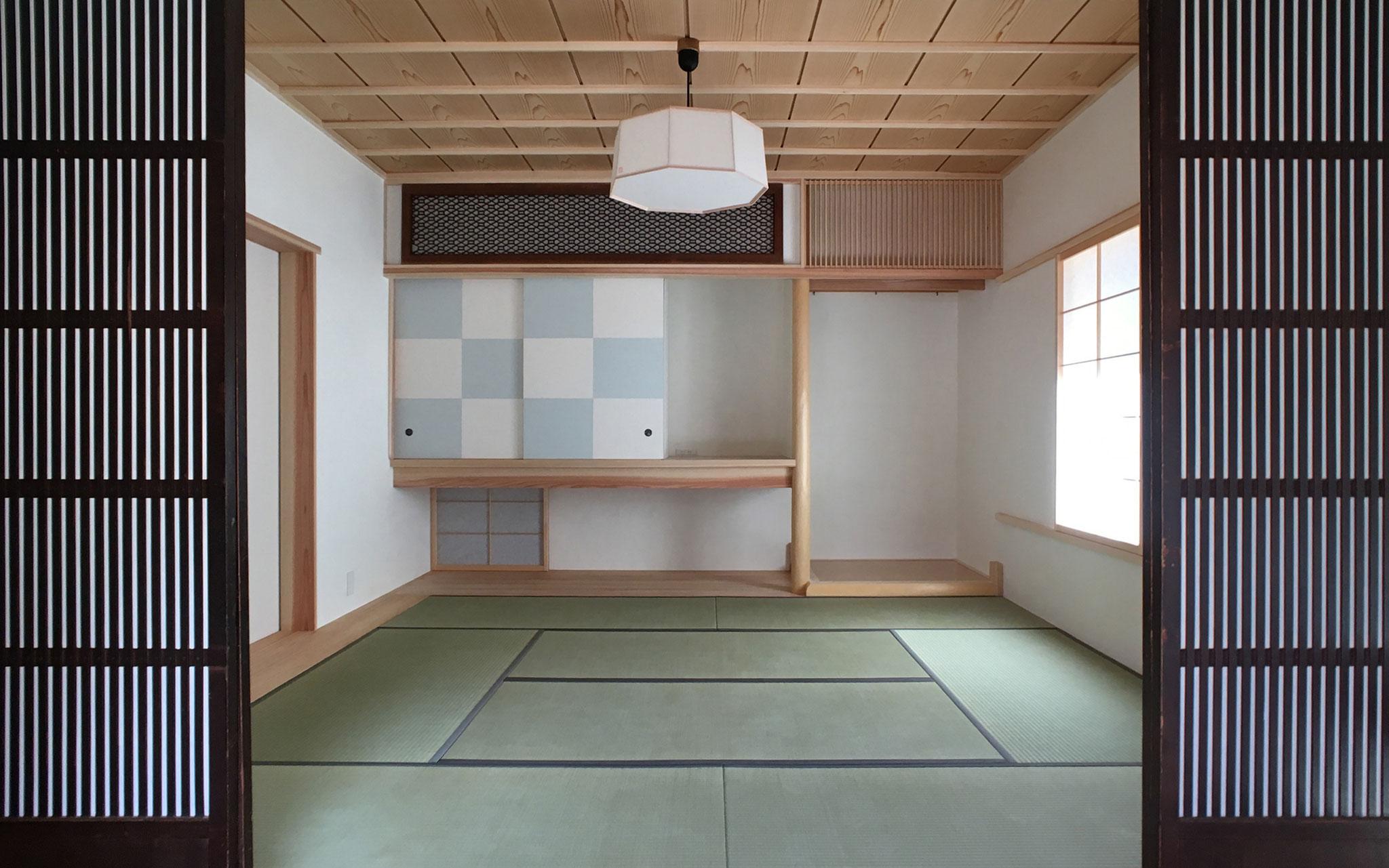 生家の障子や欄間を再利用。和室や縁側でのんびりゆったりと。