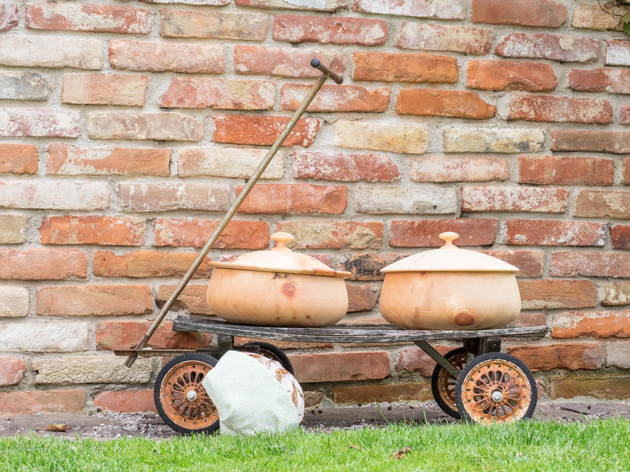 handgedrechselte Brotdose aus dem Biosphärenpark Lungau