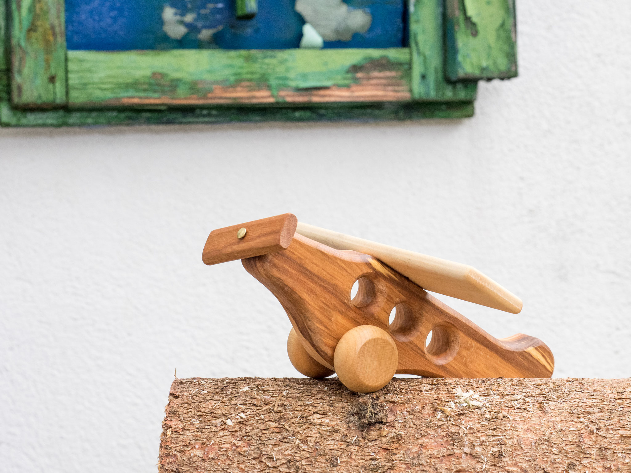 Kinderspielflugzeug aus Holz
