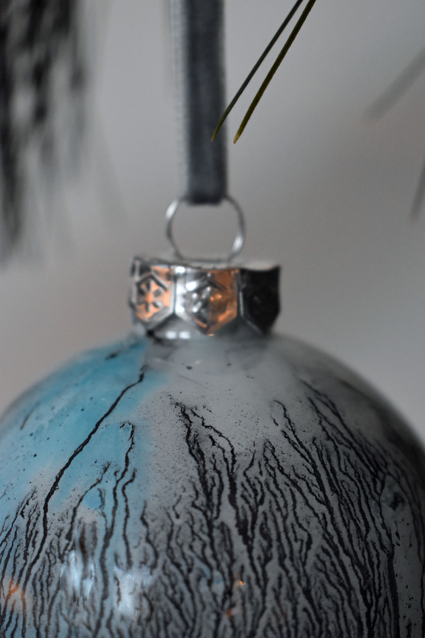 """Winter"" glass ornament, ∅ 8 cm € 39.- SOLD"