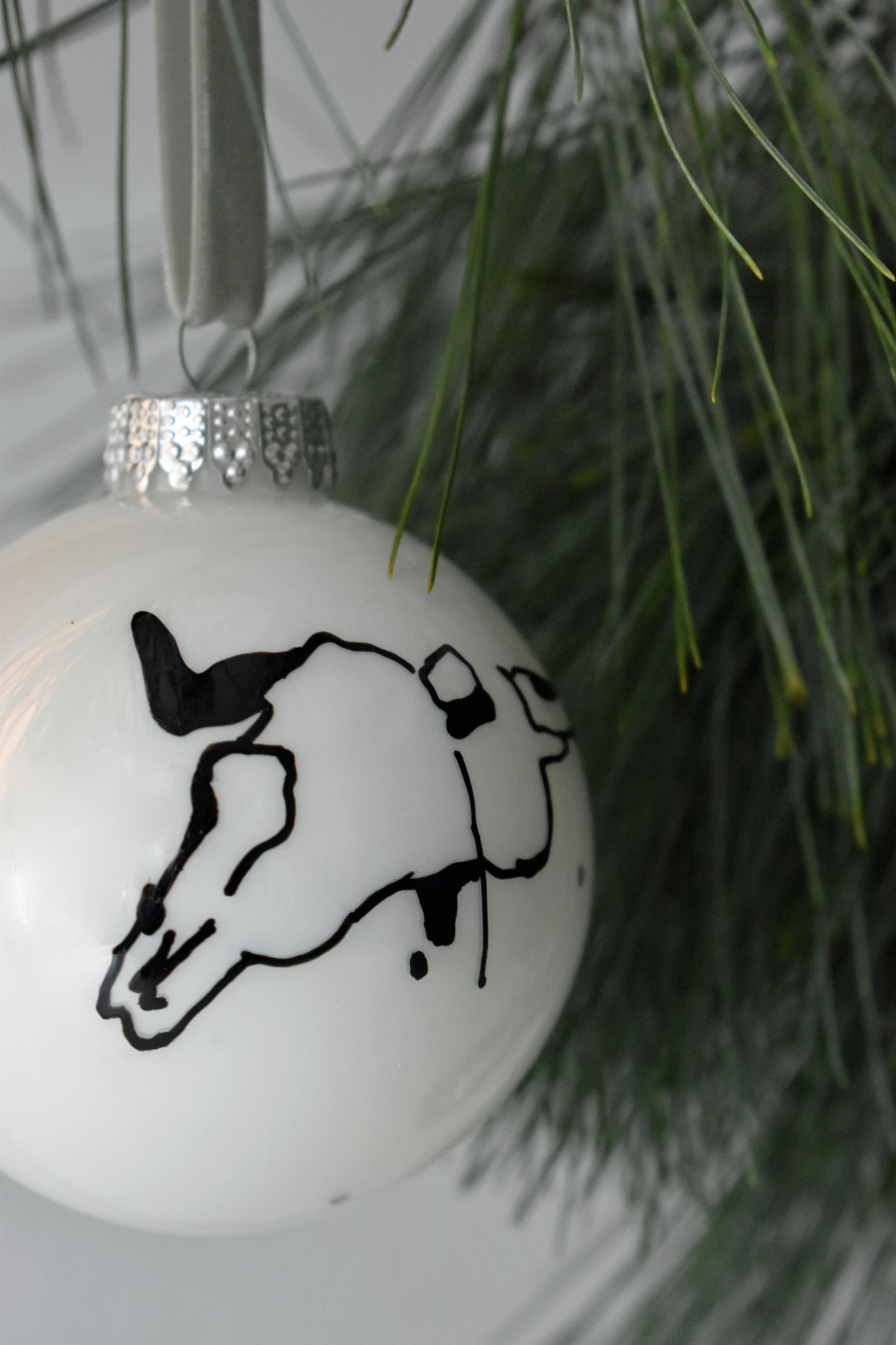 """Henry"" glass Christmas ornament, ∅ 8 cm 