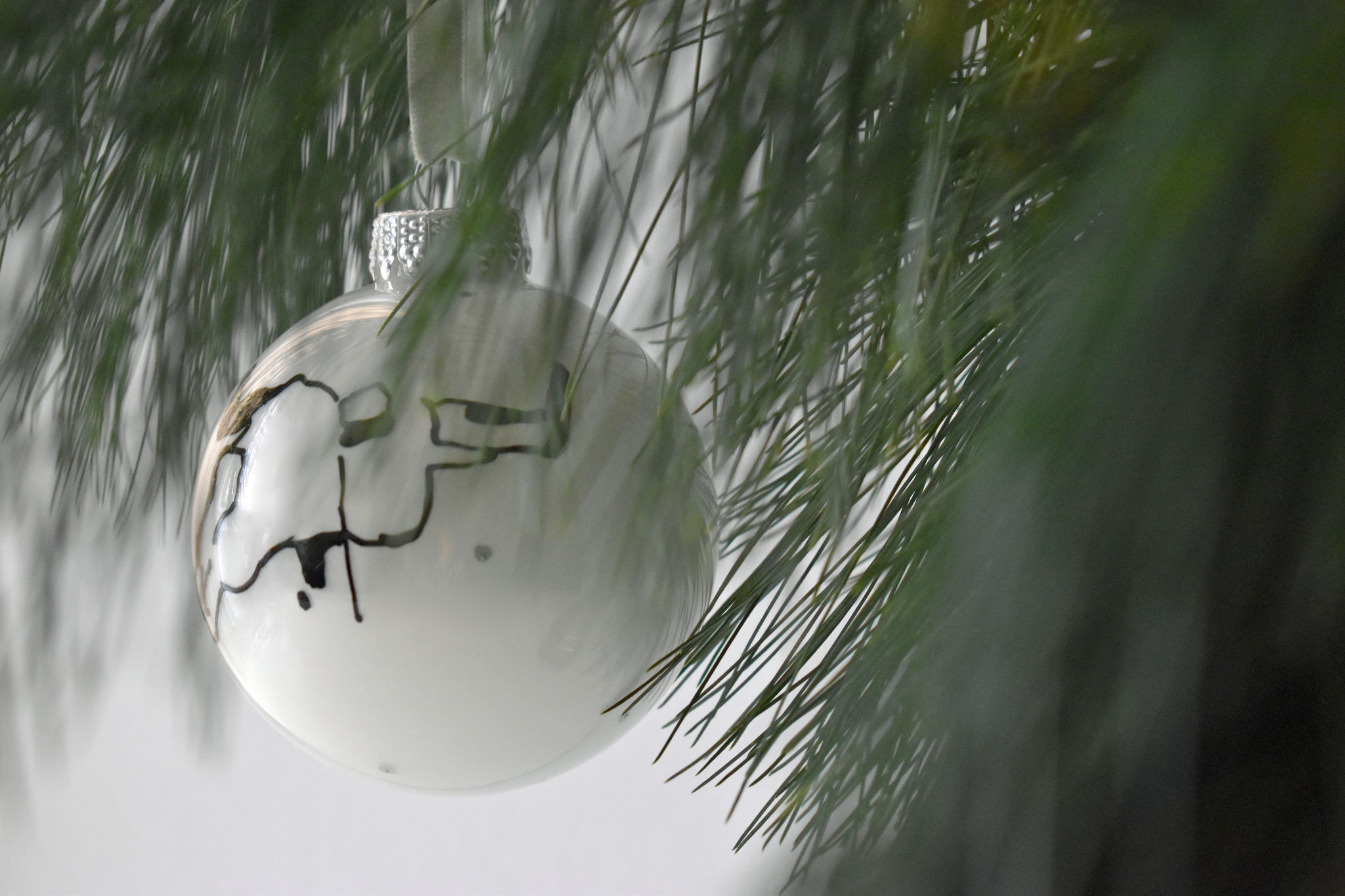 """Henry"" glass Christmas ornament, ∅ 8 cm NOW € 12,50 (€ 24,90) SOLD"