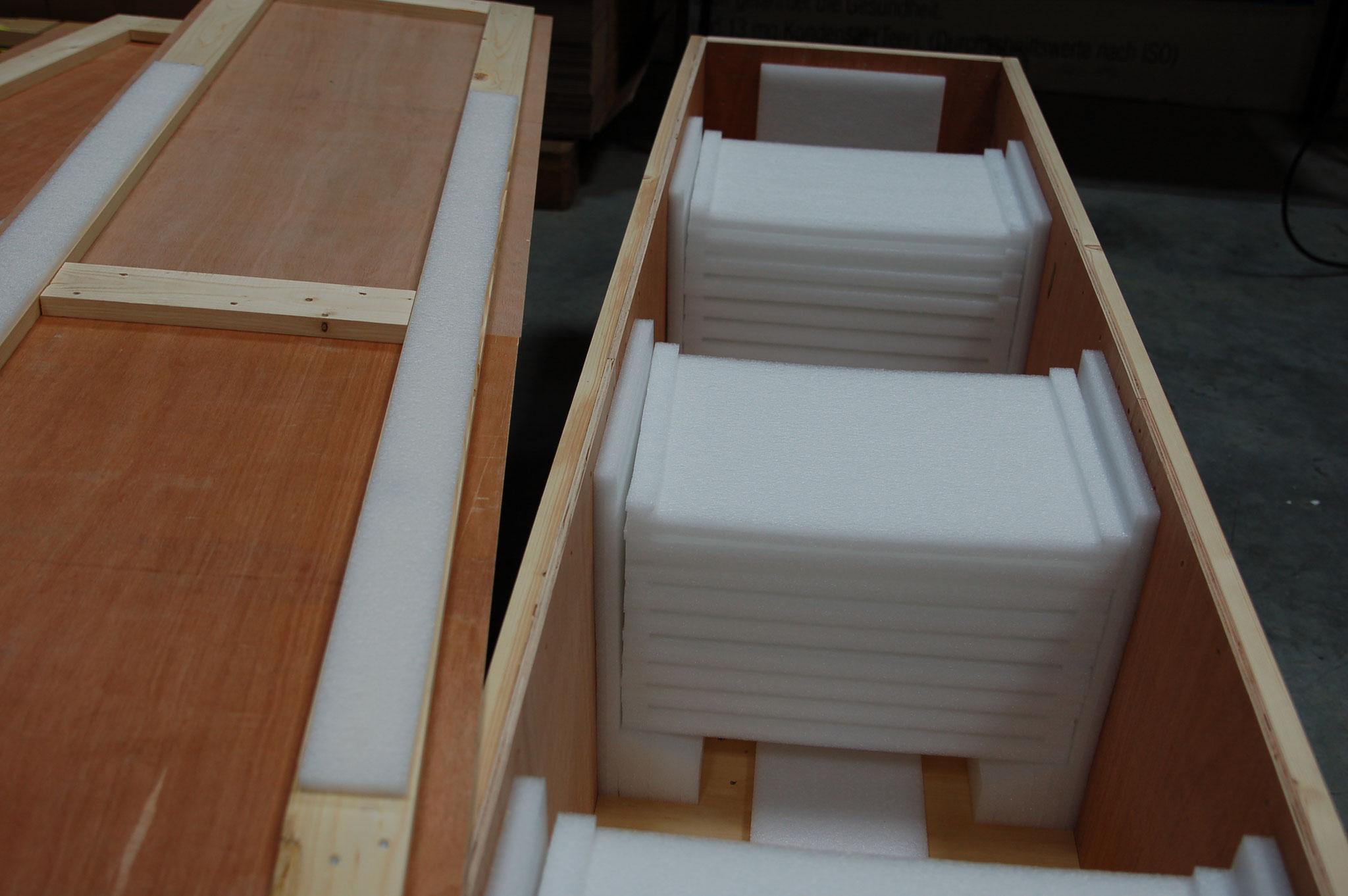 Kiste für zehn Liegenplatten