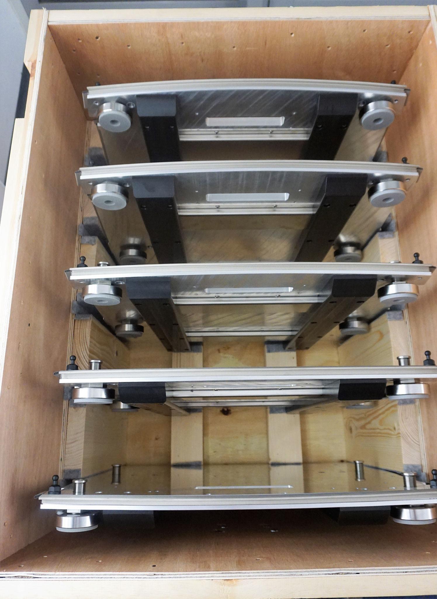 Pendelbehälter für Bodenplatten
