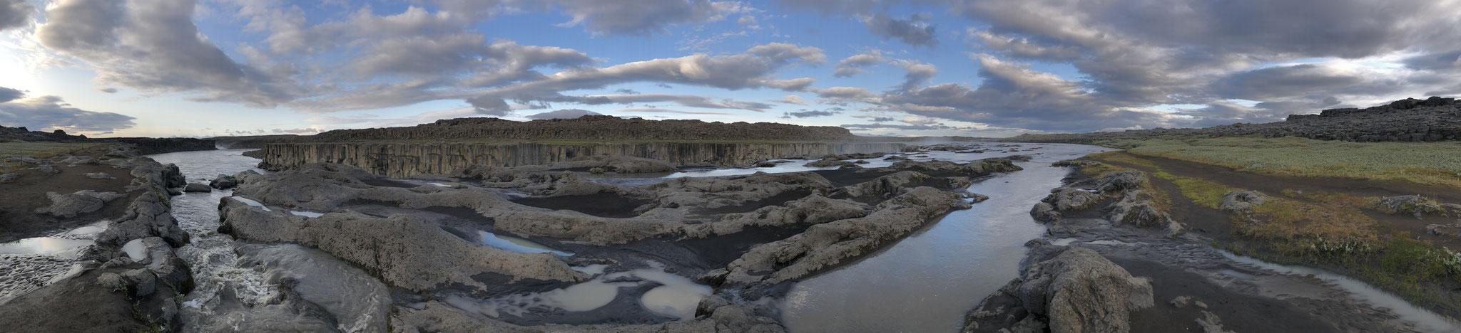 Detifoss and Selfoss Waterfalls, Iceland (July 2019)