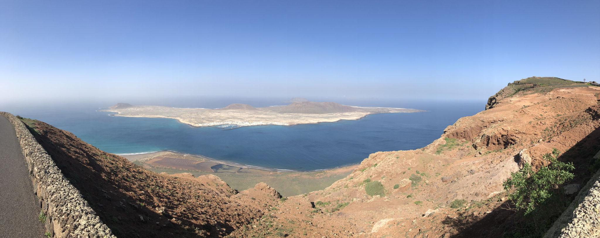 Mirador del Río, view to La Gracioso, Lanzarote, Spain (December 2018)