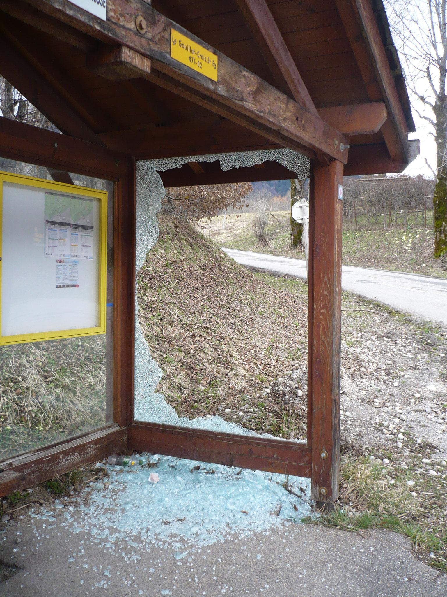 Changement des vitres cassées