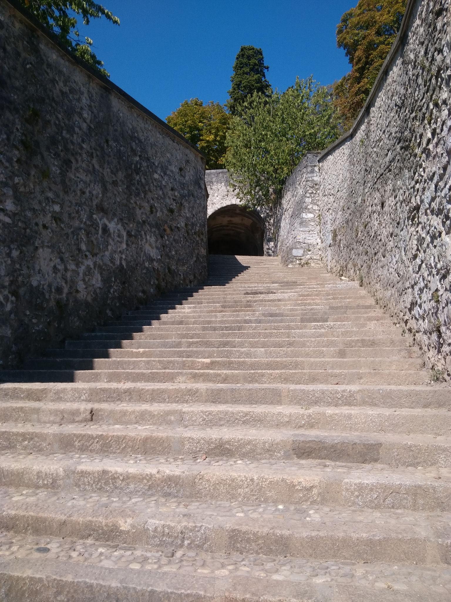 ....Après le nettoyage des escaliers de La Bastille
