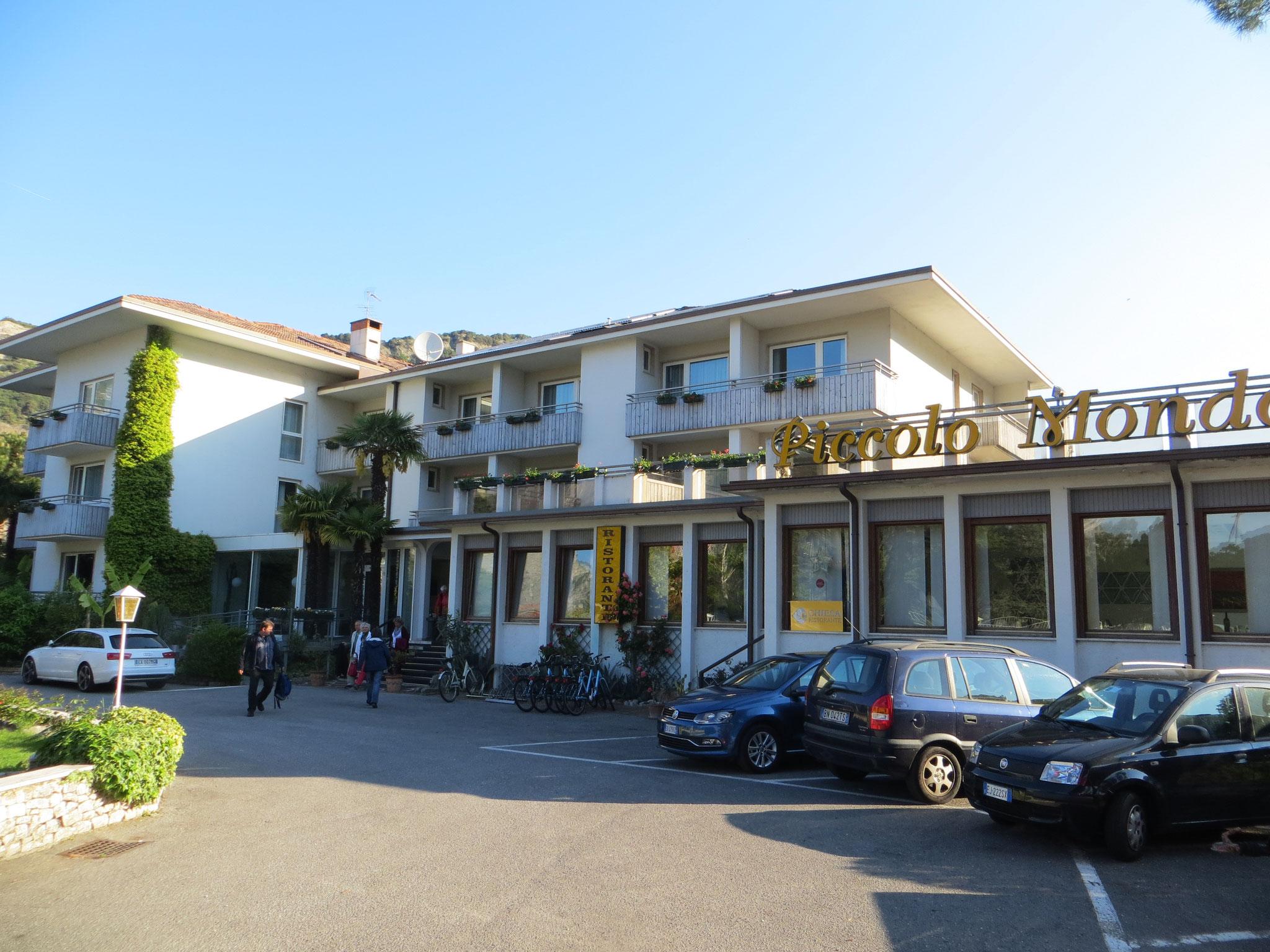 """Hotel """" Piccolo Mondo"""""""