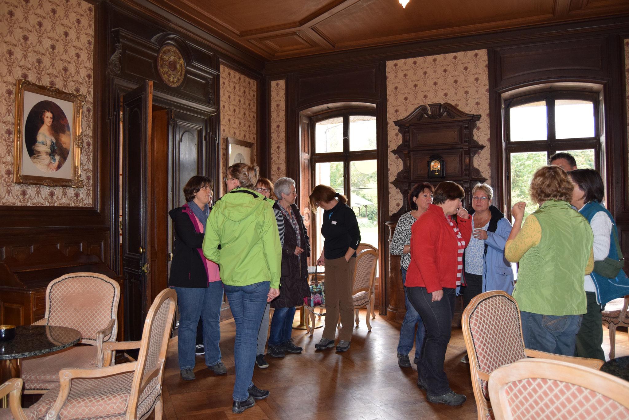 10-16 kleine Besichtigung des Schlosses