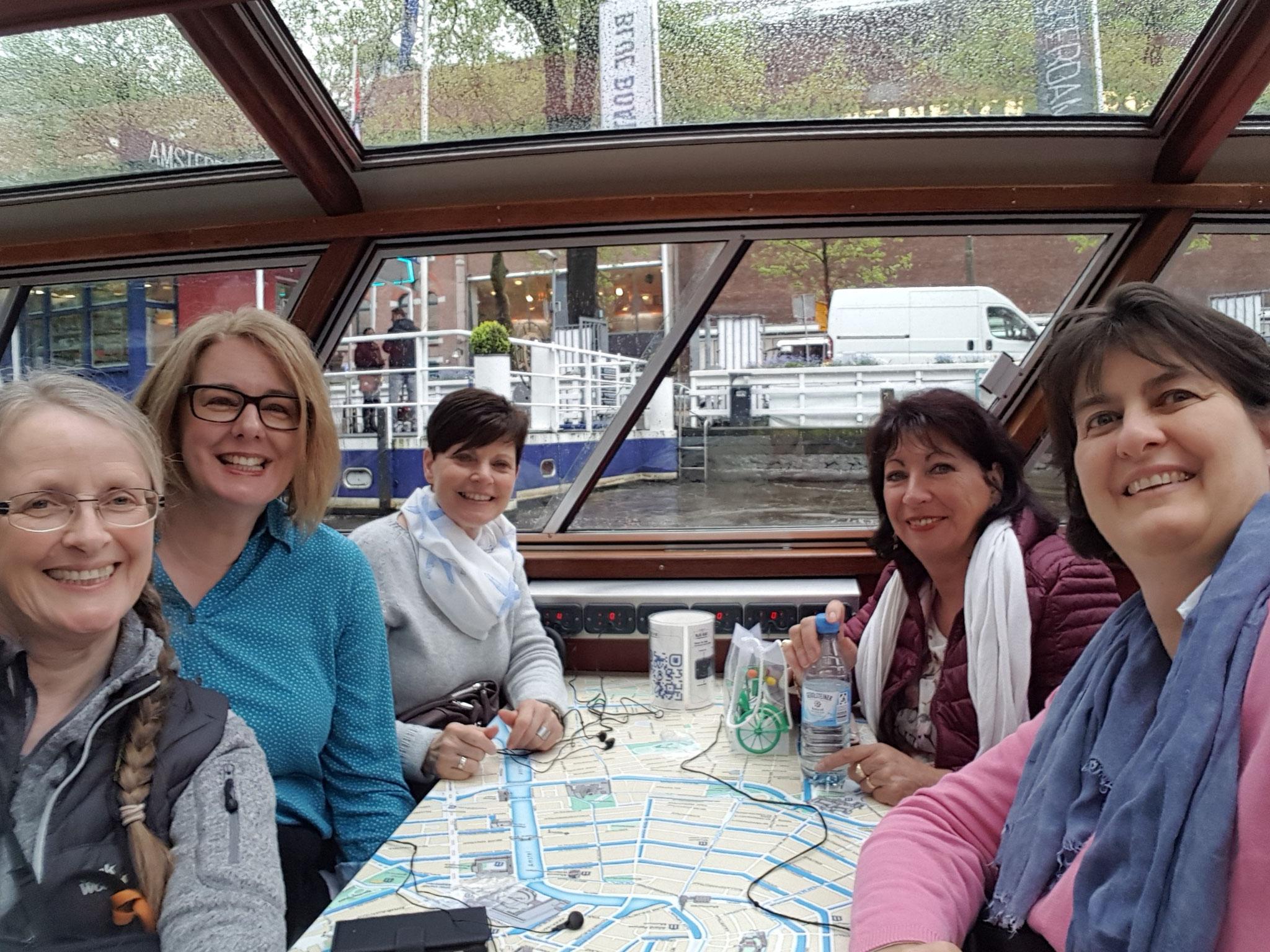 04-18 Grachtenfahrt in Amsterdam