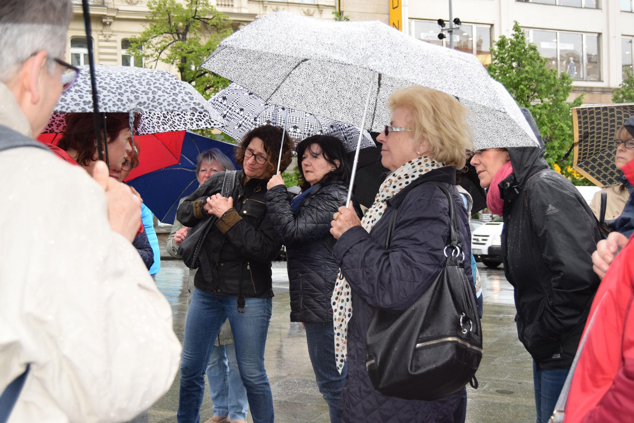 Prag: auch ein kurzer Regentag betrübt die Laune nicht