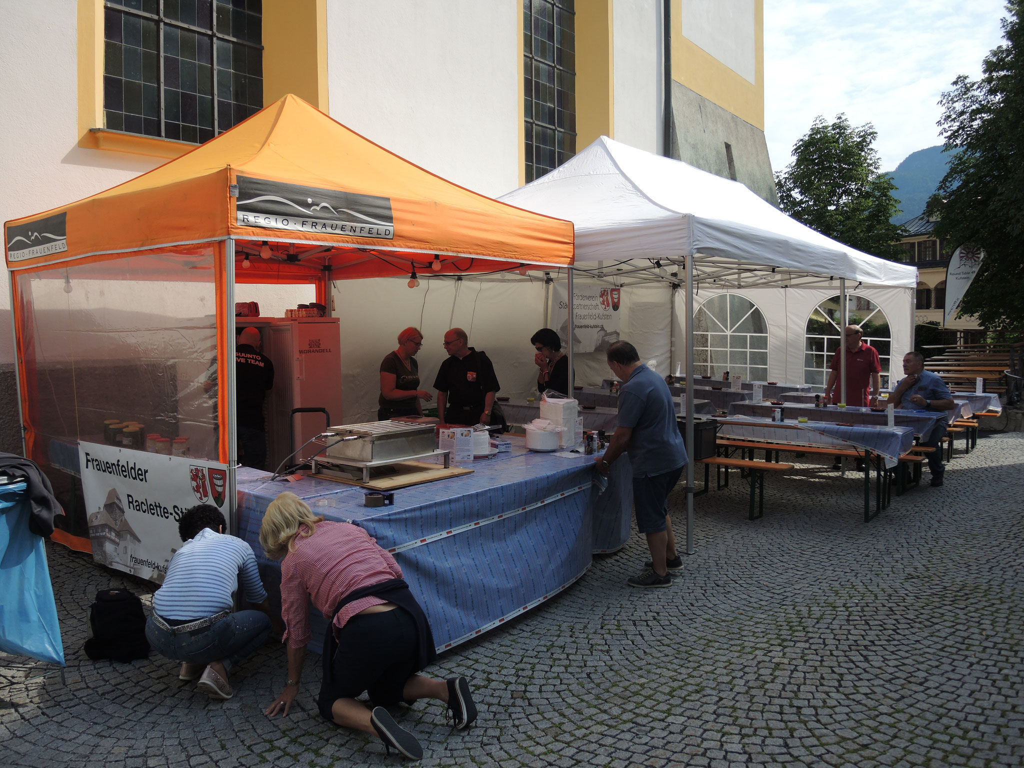 Frauenfelder Raclettestand am Aufbau