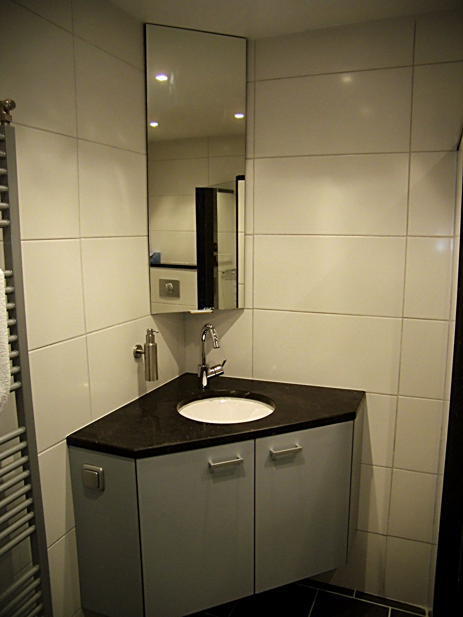 badkamers - maatwerkinenomhethuis interieurbouw verbouw badkamers ...