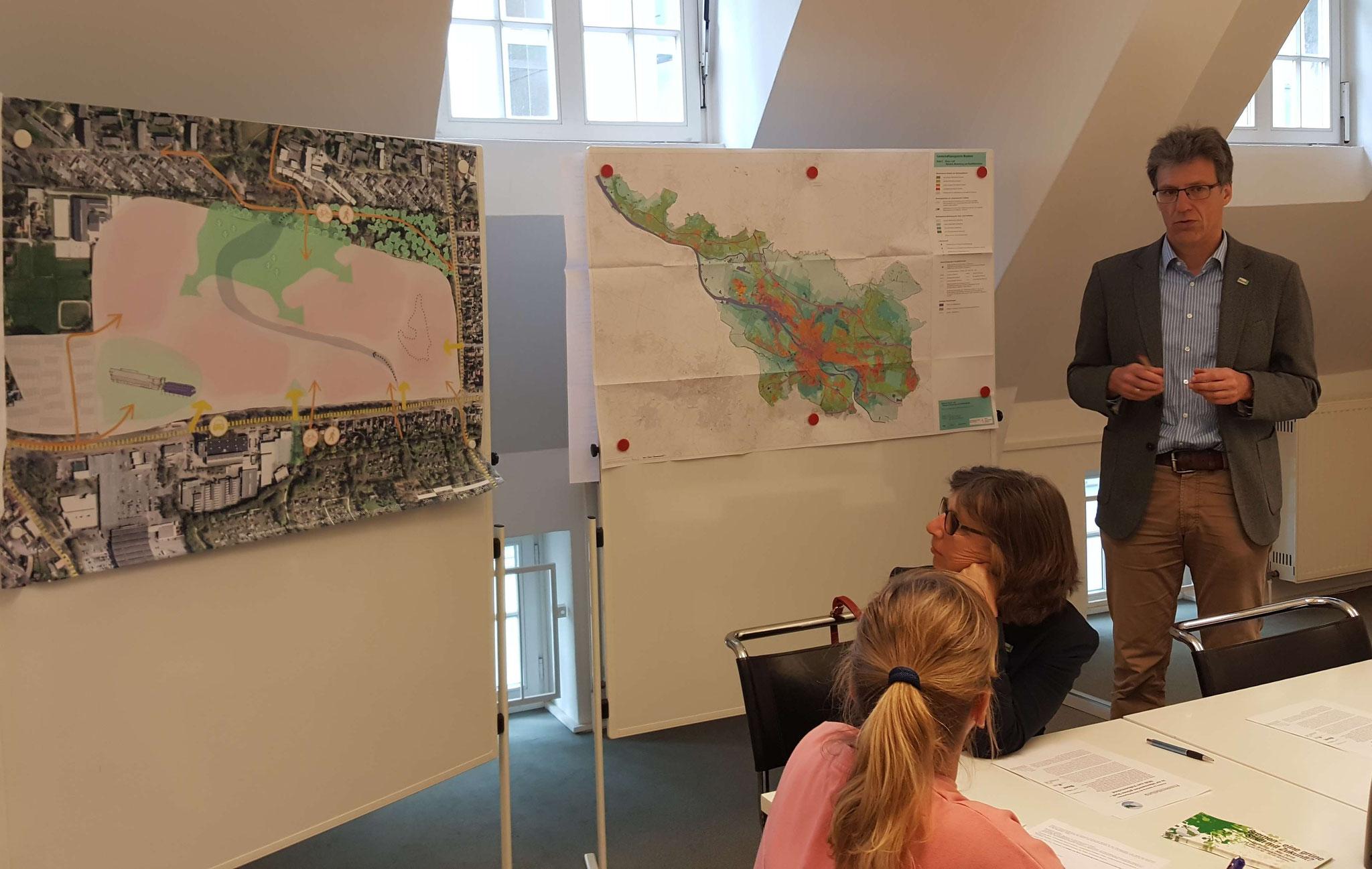 Das Gelände hat keine wichtige Bedeutung für den Naturschutz, so Martin Rode (BUND) auf der Pressekonferenz