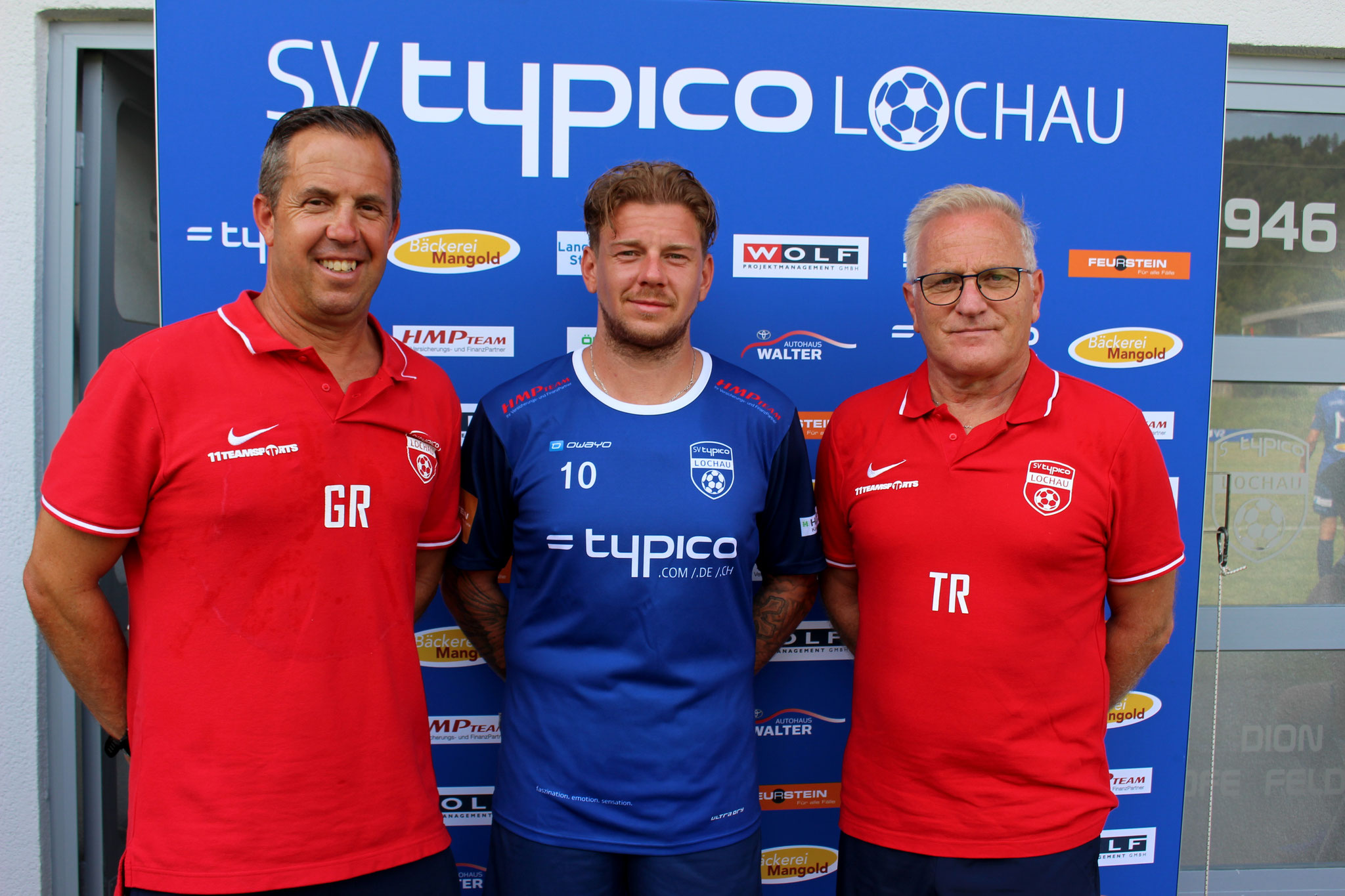 Neuzugang Stefan Maccani mit Co-Trainer Günther Riedesser und Trainer Peter Sallmayer