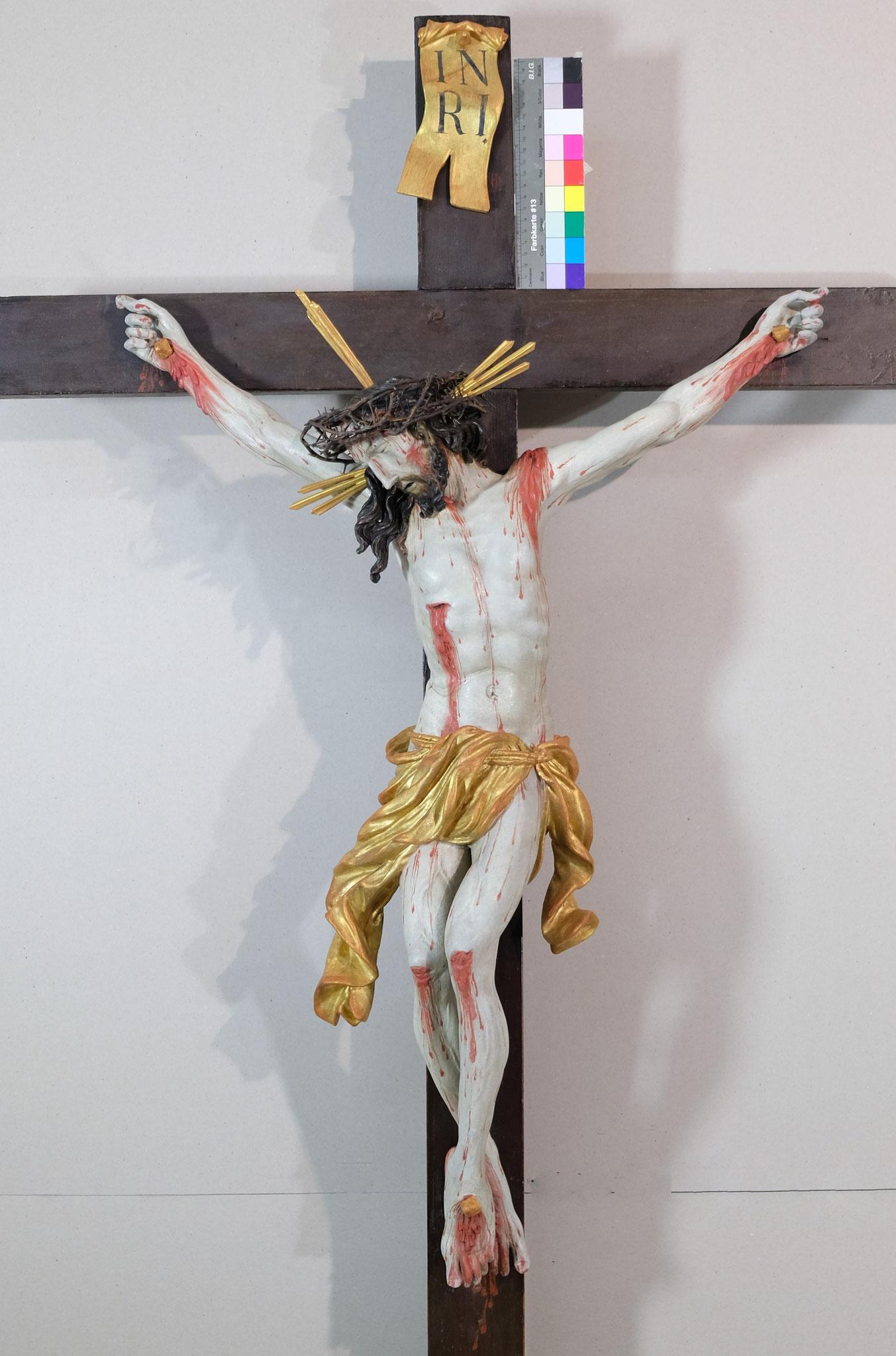 Kruzifix; datierte Fassung von 1749 aus Klosterbeuren