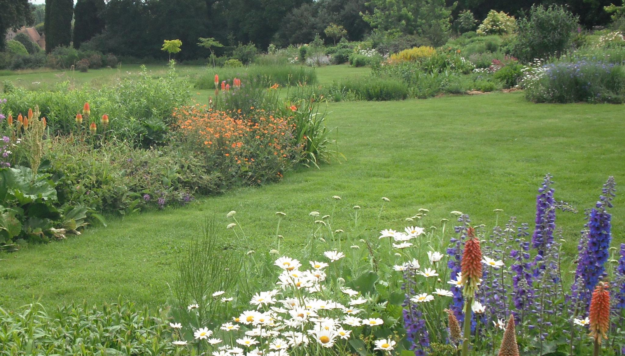 Jardin mosaique asni res sur v gre lejardinmosaique - Reglementation sur les feux de jardin ...