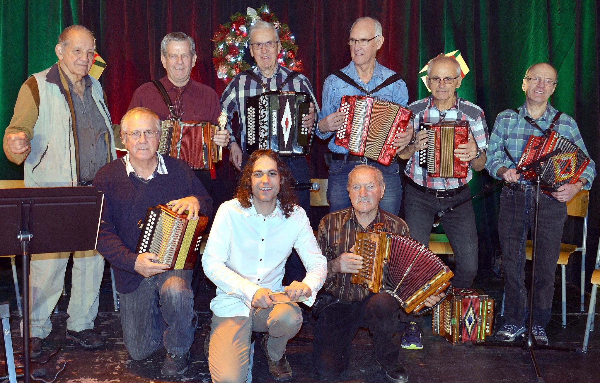 Avec Étienne Bouchard et plusieurs folkloristes de Charlevoix, 2018