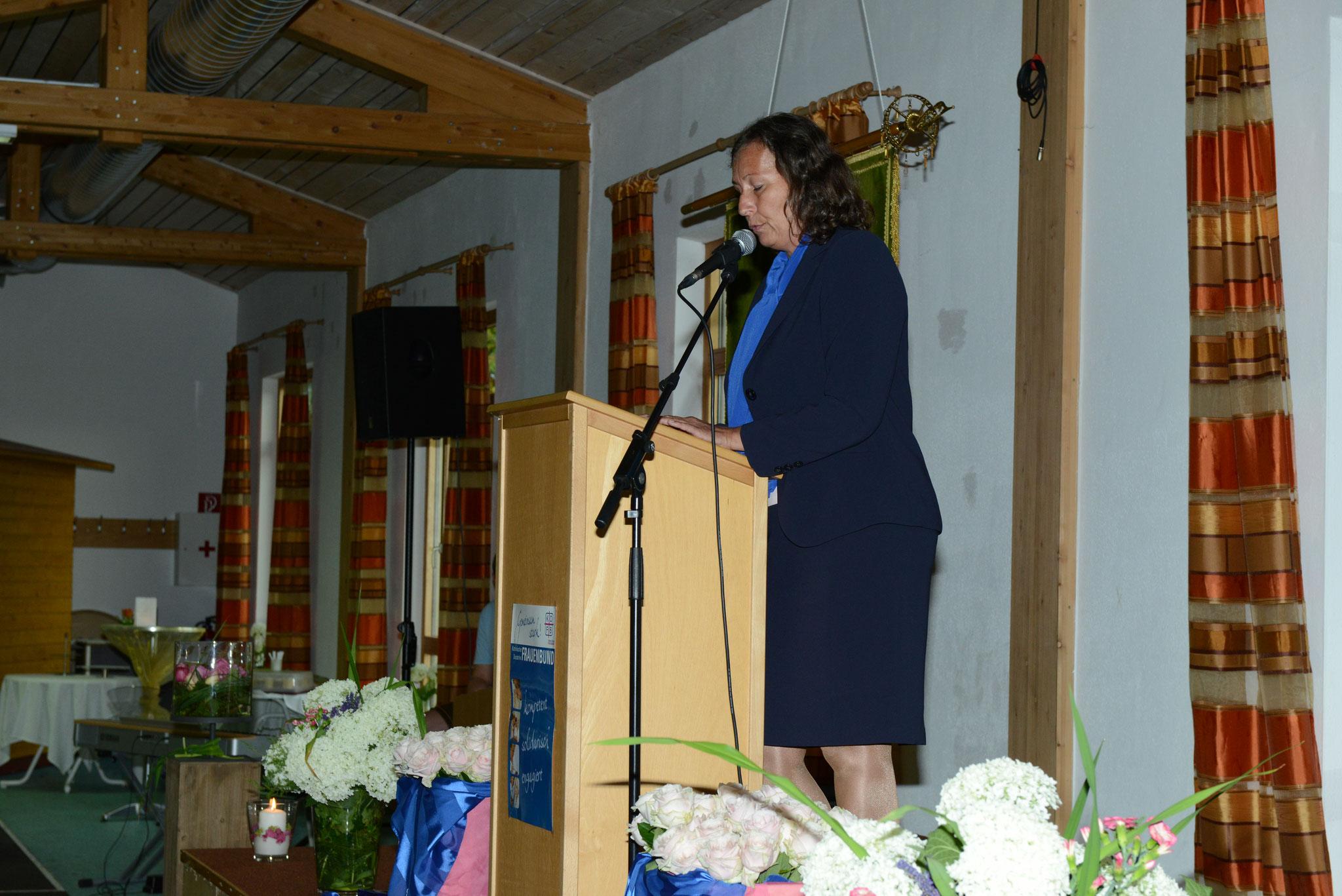 stellv. Diözesanvorsitzende Frau Luise Fischer