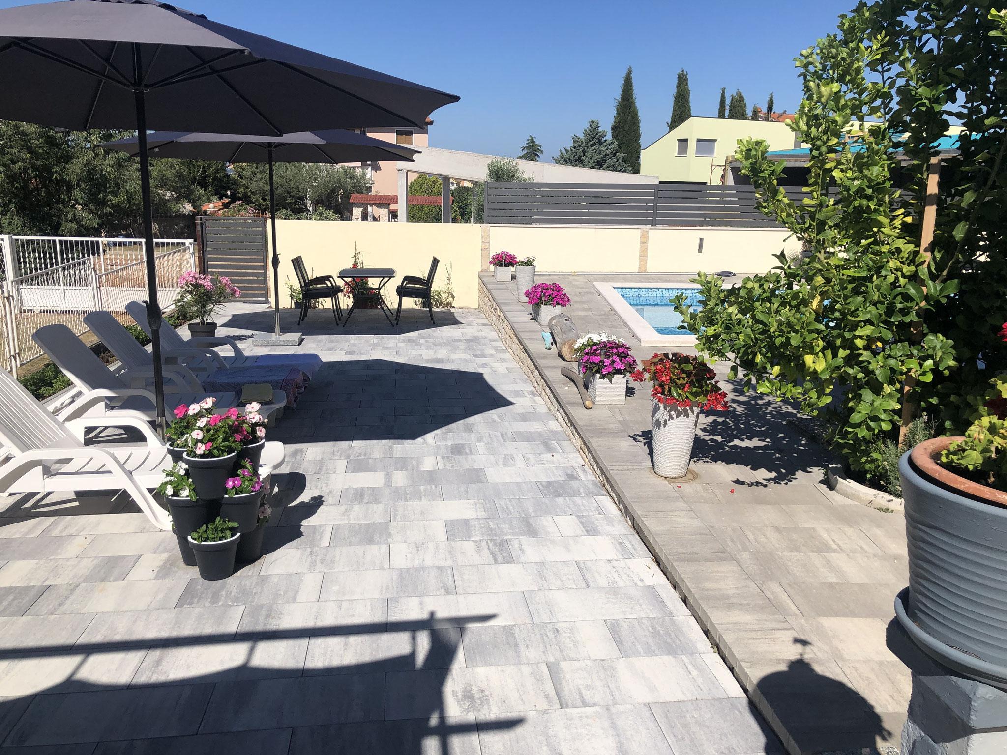 Villa Colonia Poolterrasse 2020