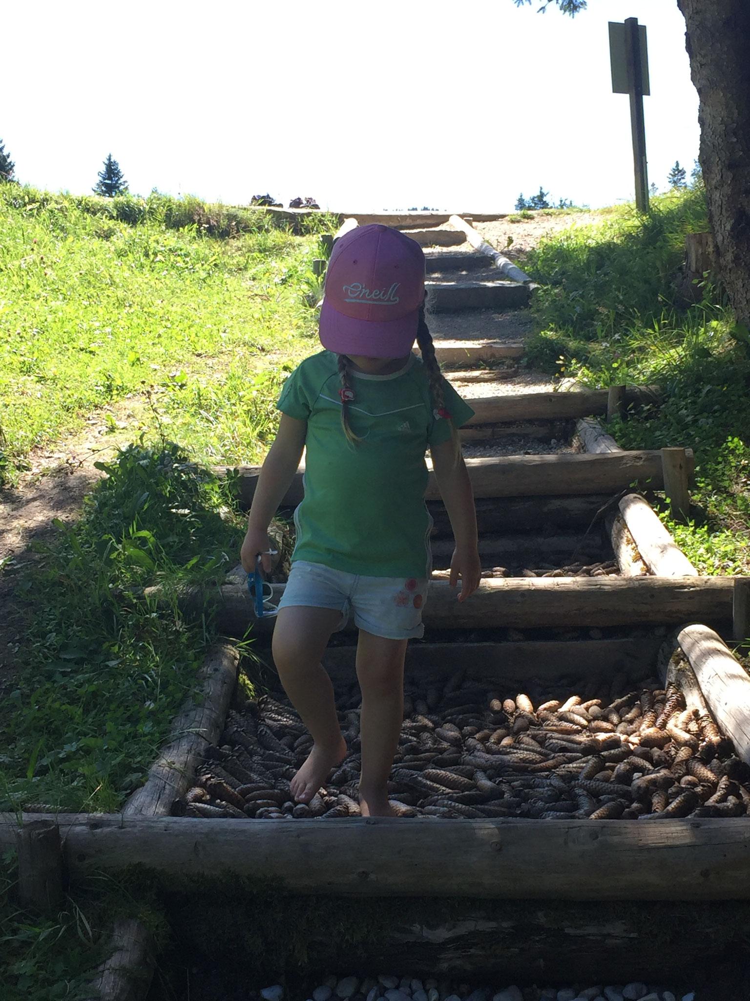 Barefoot-hiking-trail
