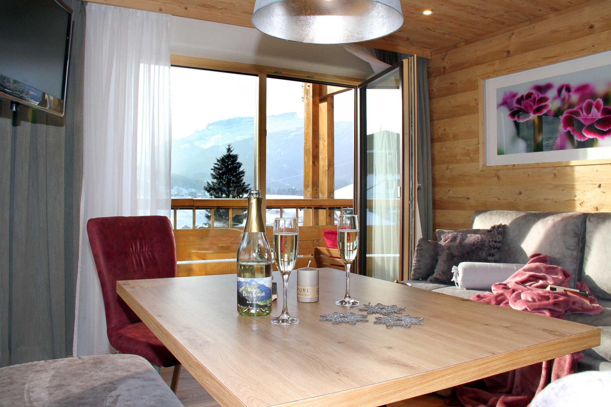 exklusive Ferienwohnung Wiesengrund, Kleinwalsertal, Bergnäägele, Wohnstube