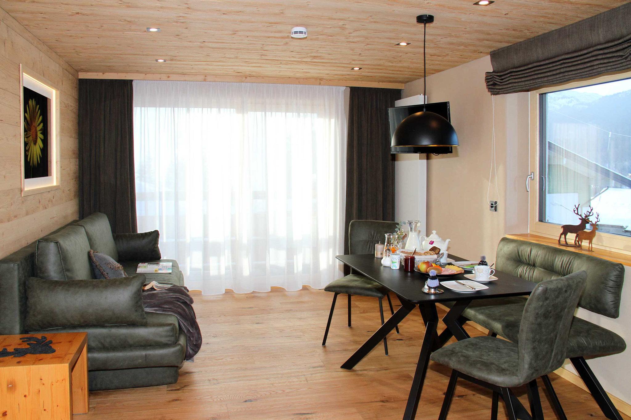 exklusive Ferienwohnung Wiesengrund, Kleinwalsertal, Gamswurz, Wohnzimmer