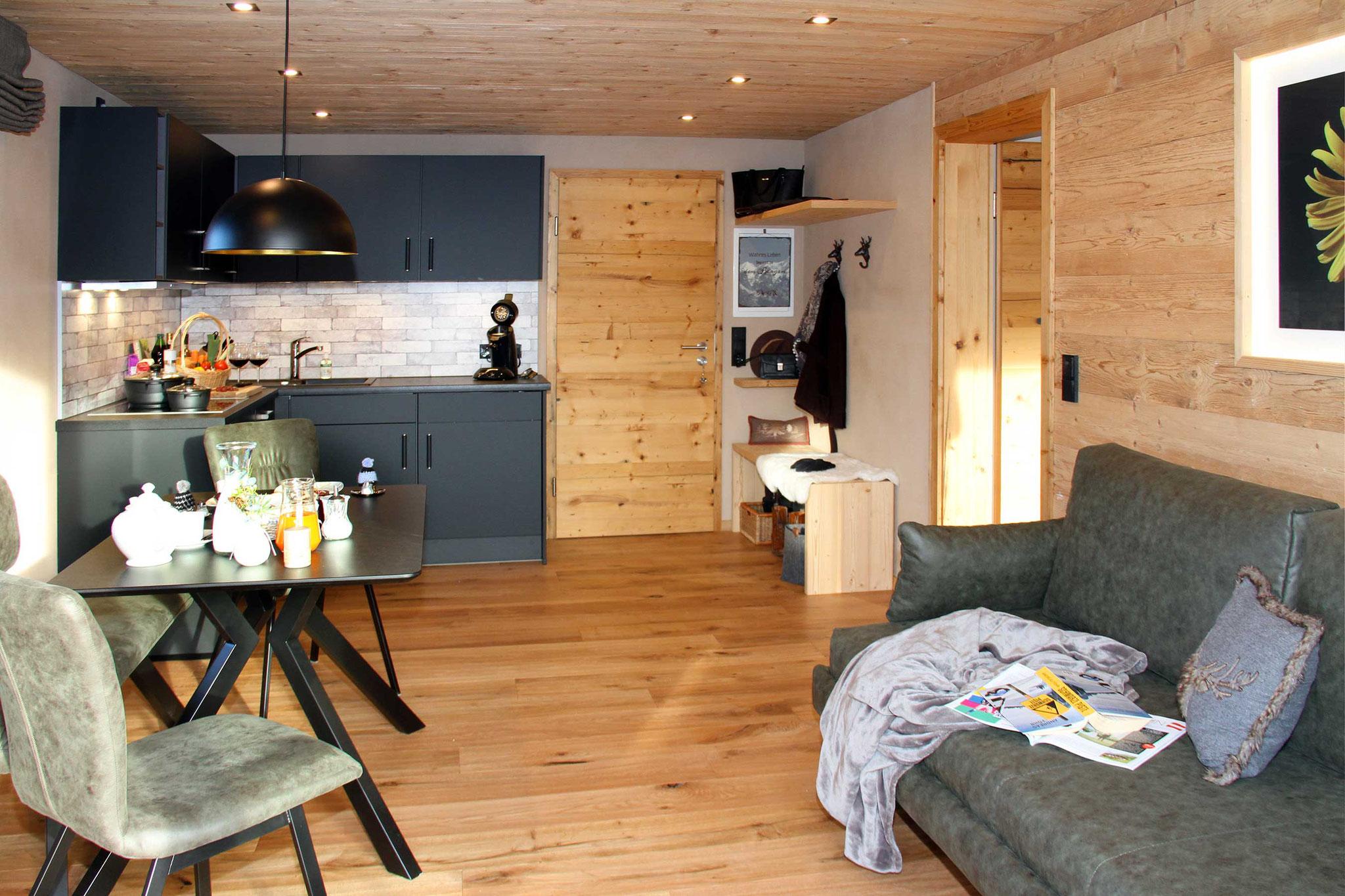 exklusive Ferienwohnung, Wiesengrund, Kleinwalsertal, Gamswurz, Wohnküche