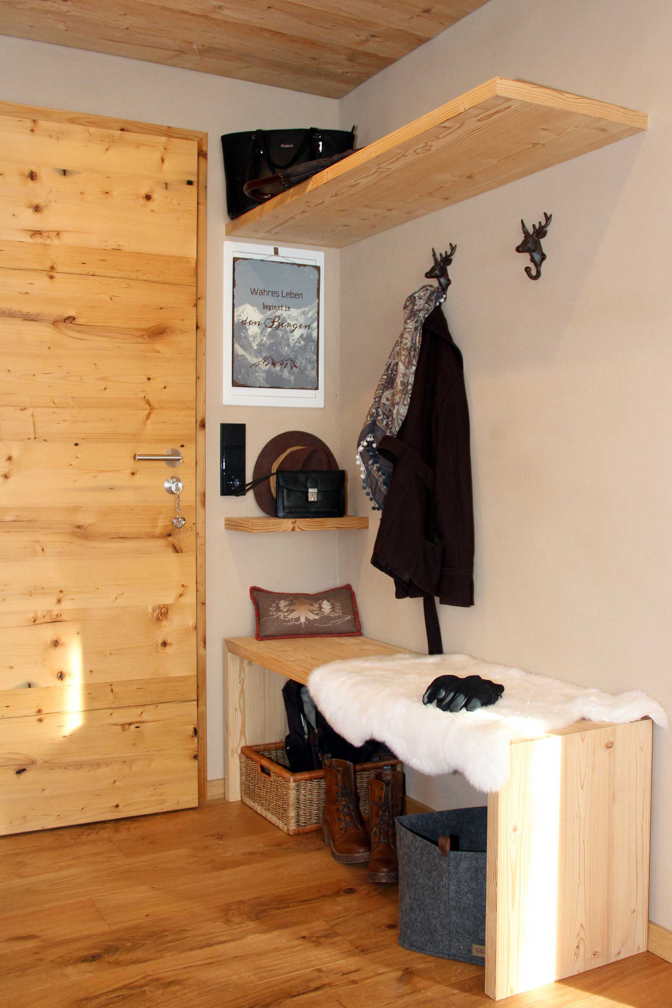 exklusive Ferienwohnung Wiesengrund, Kleinwalsertal, Gamswurz, Eingang