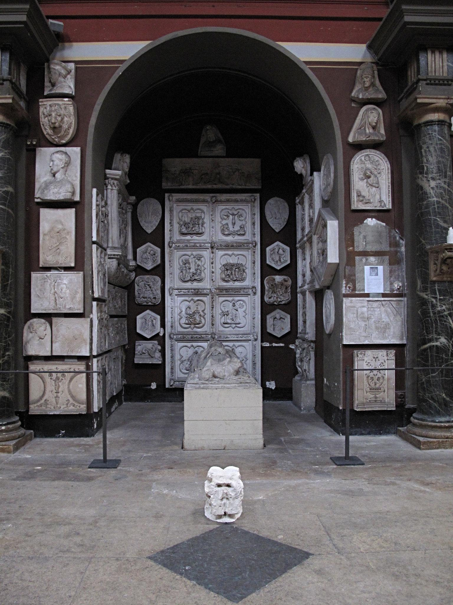 Crâne d'éléphant, pierre calcaire, 2017