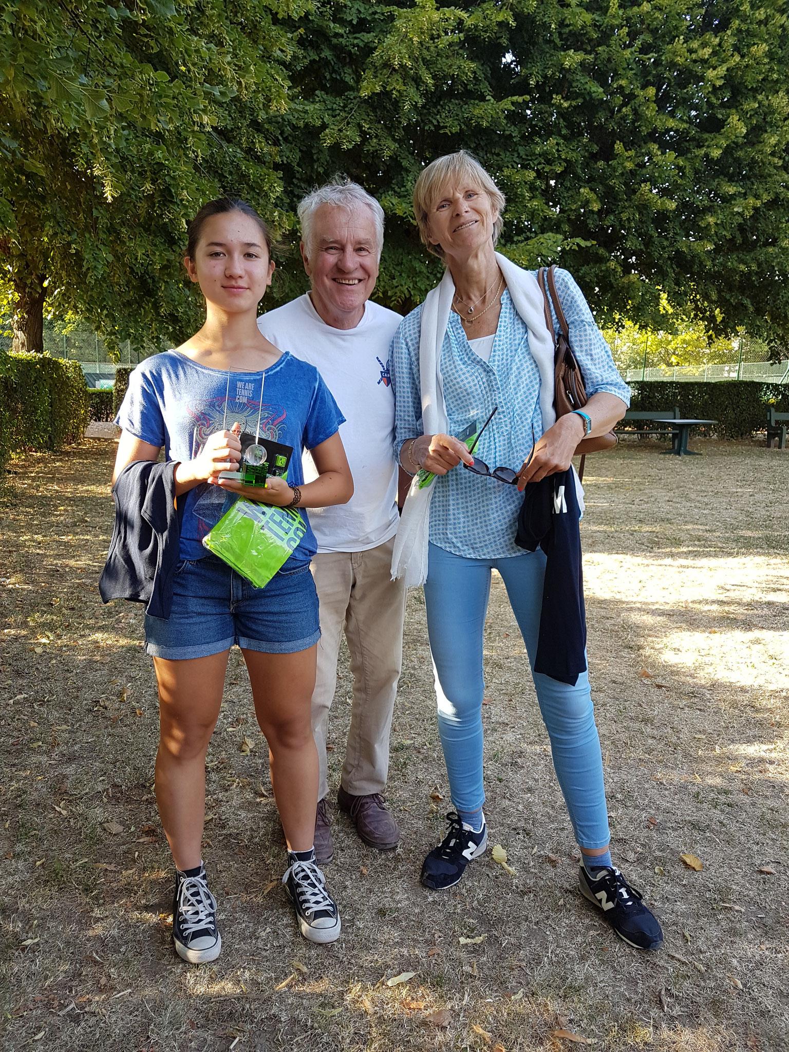 Amilie, Yves (président Tennis) Béatrice