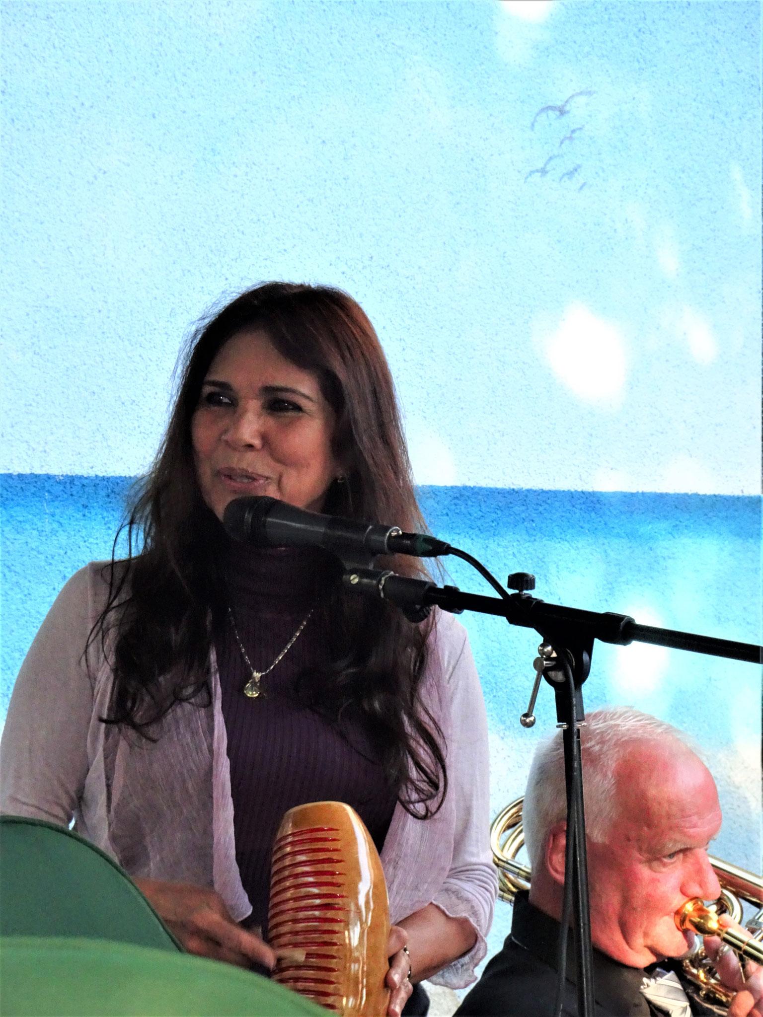 Unsere kolumbianische Sängerin Guiomar