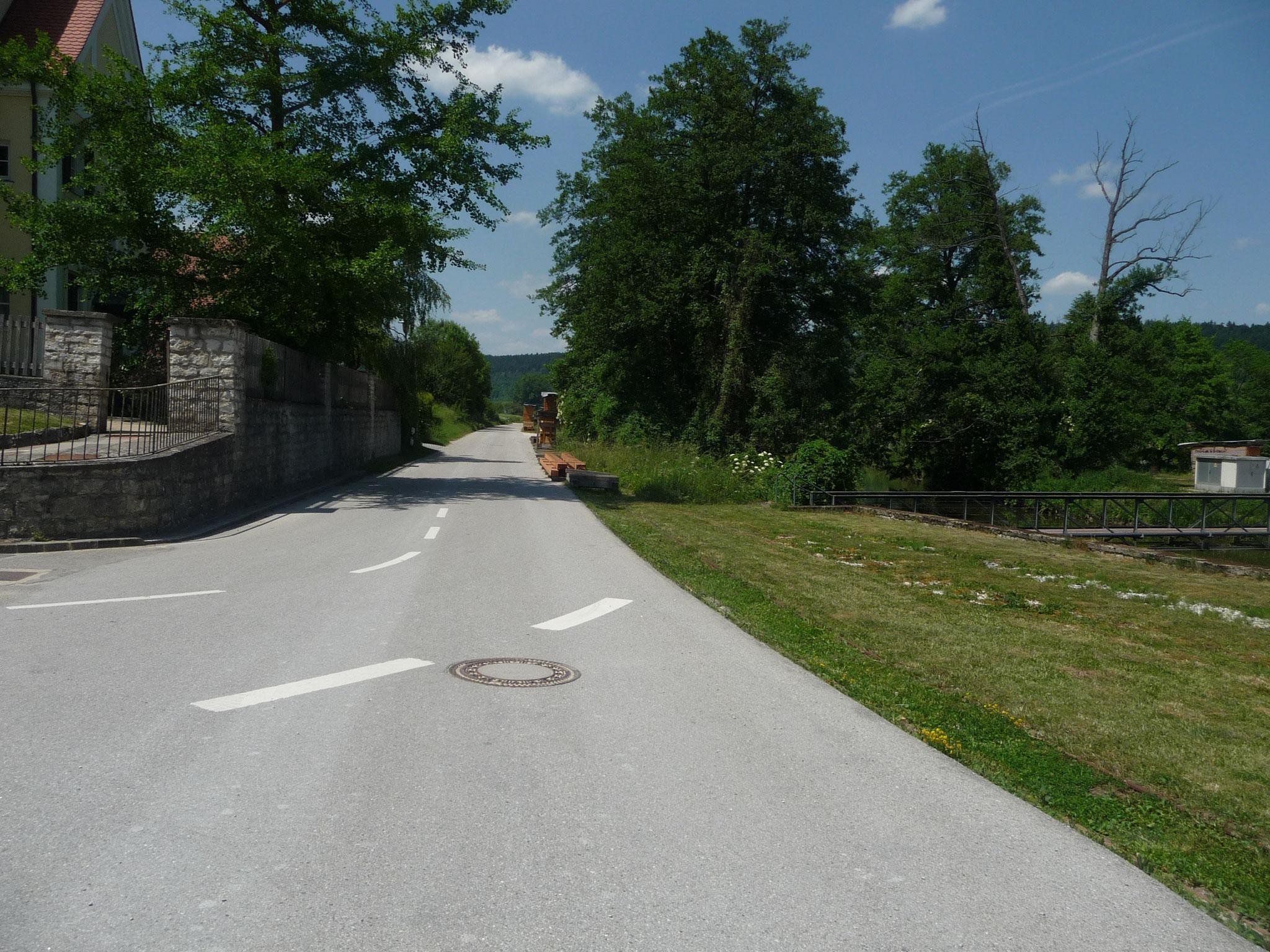 Einfahrt zur Mühle aus Kottingwörth