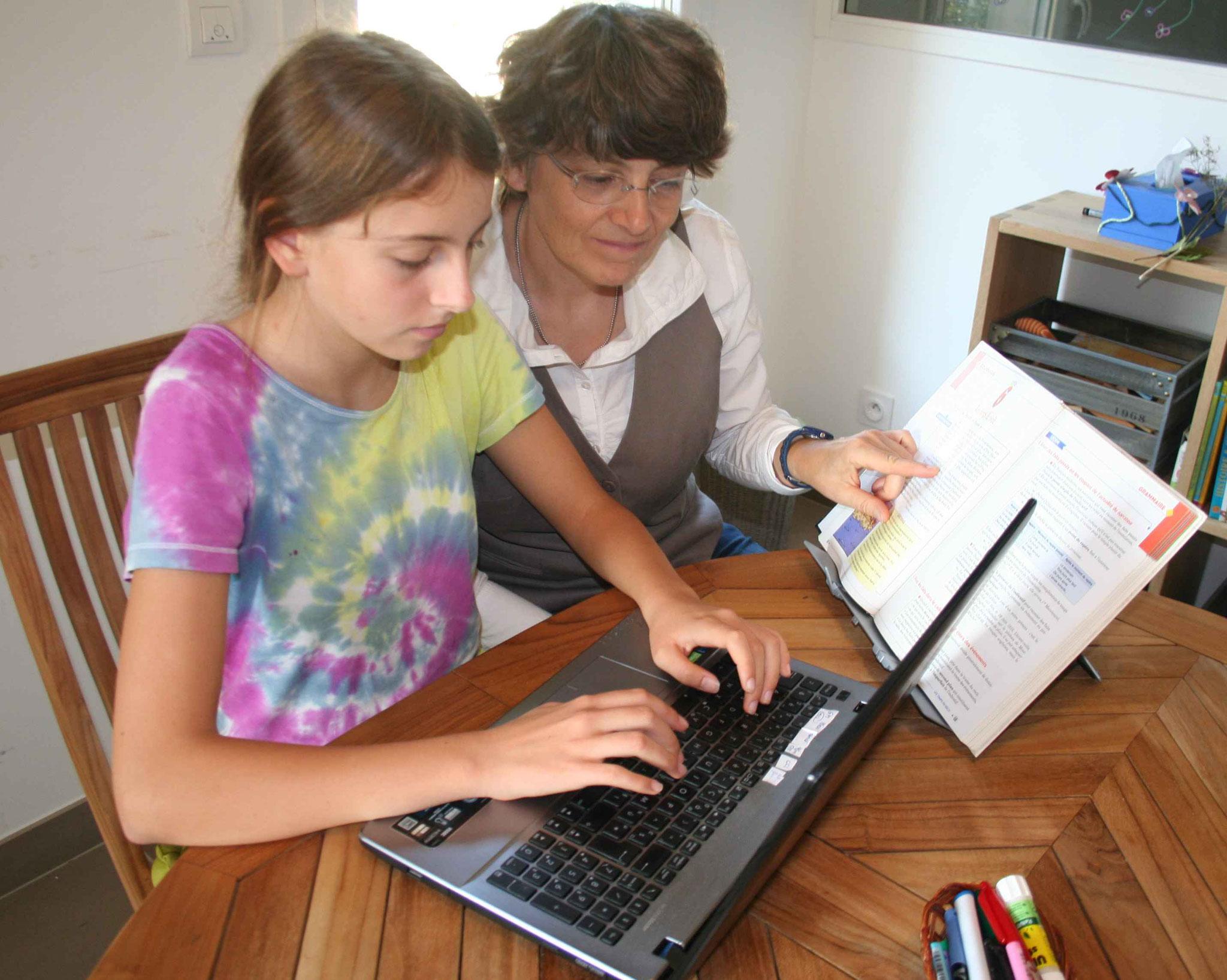 L'ordinateur portable pour les devoirs, ici, c'est possible!