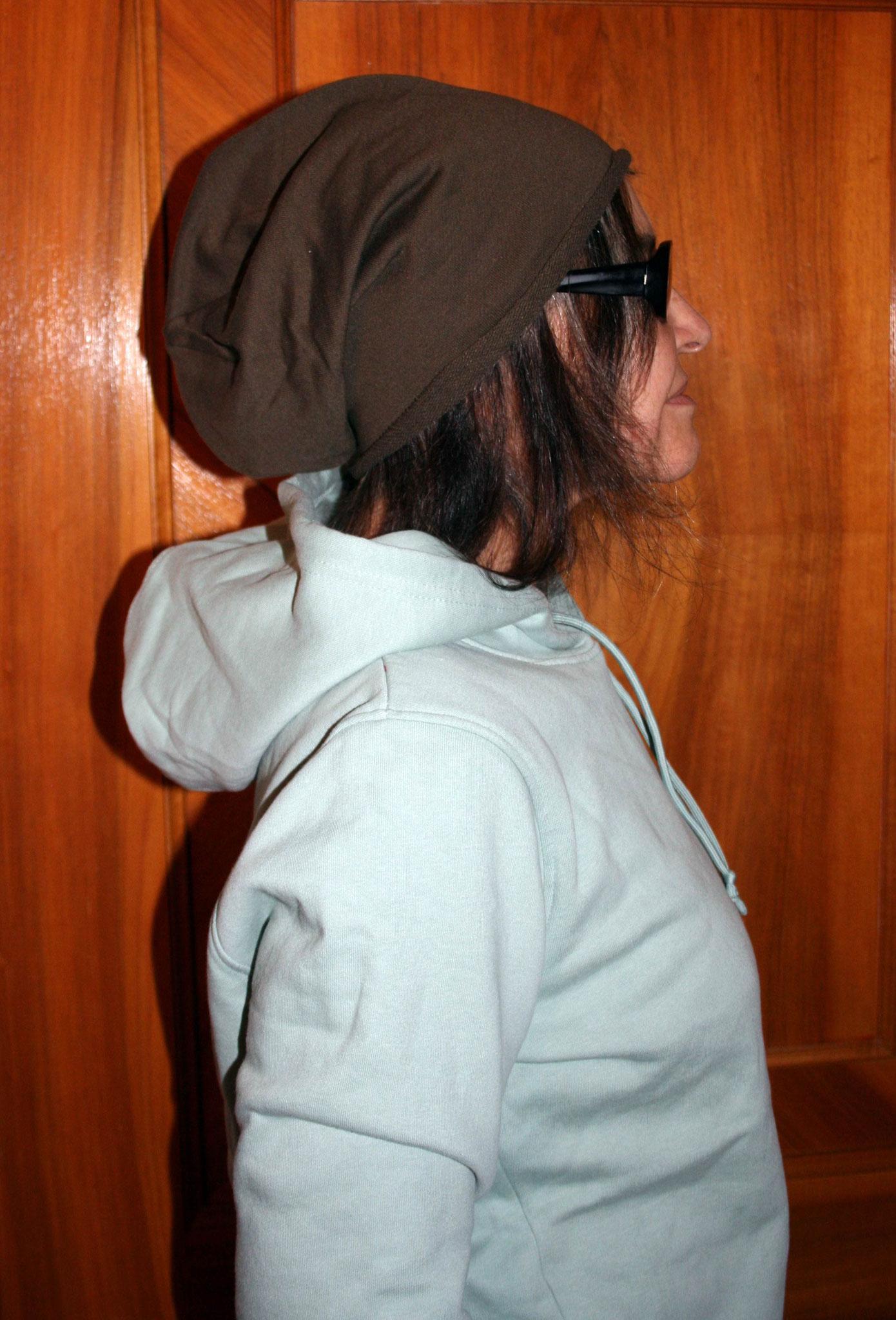 Bio Damen-Sweater sage mit Beanie braun