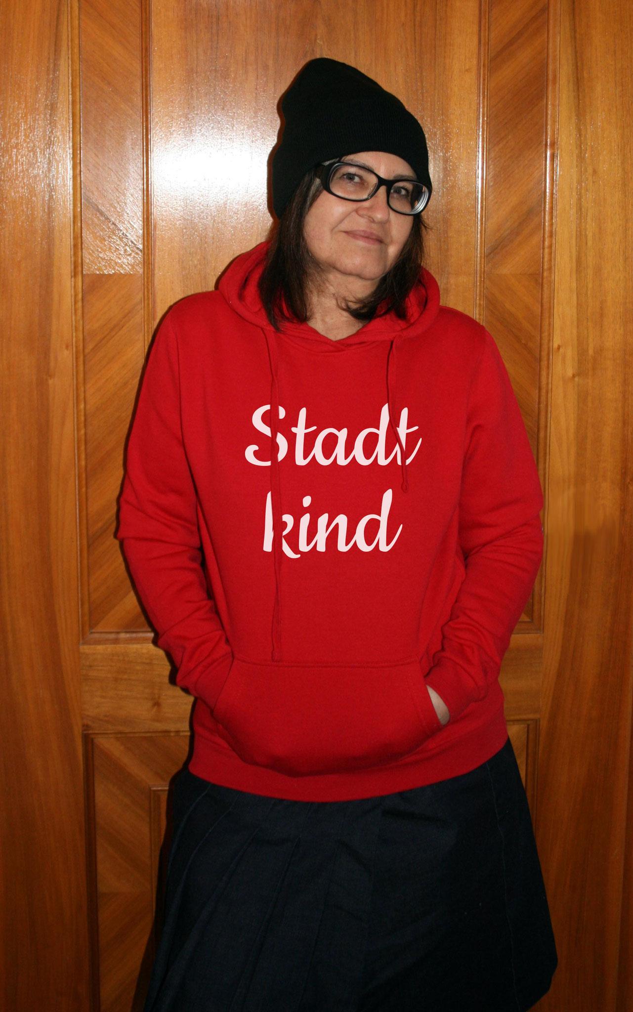 """Damen-Sweater rot mit Motiv """"Stadtkind"""""""