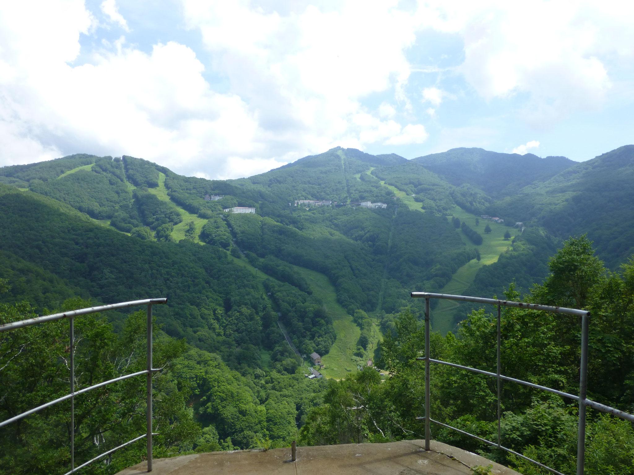 志賀高原蓮池の山の駅