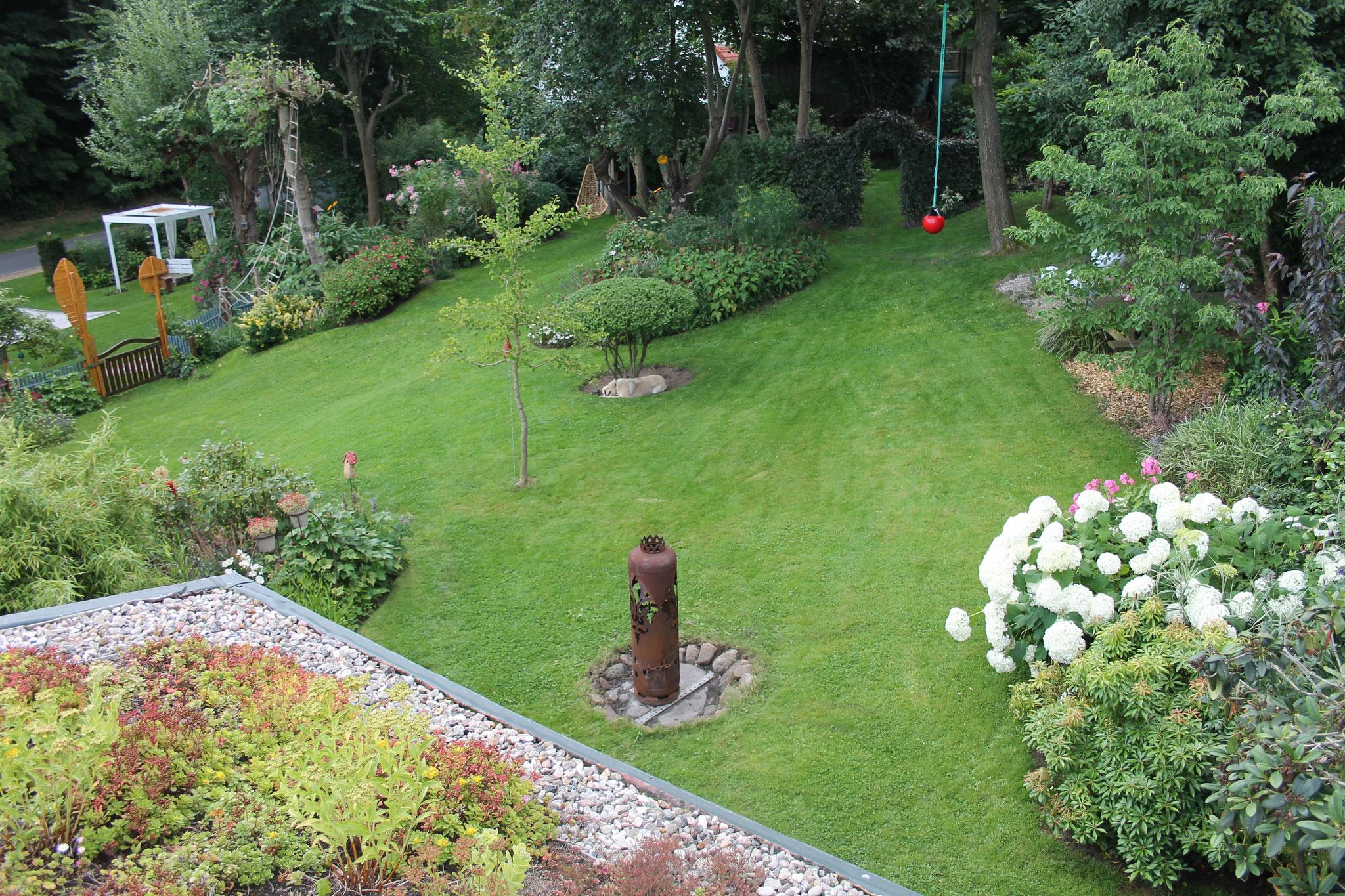 Im Garten fühlen sich Alle wohl und lernen ... nebenbei ...