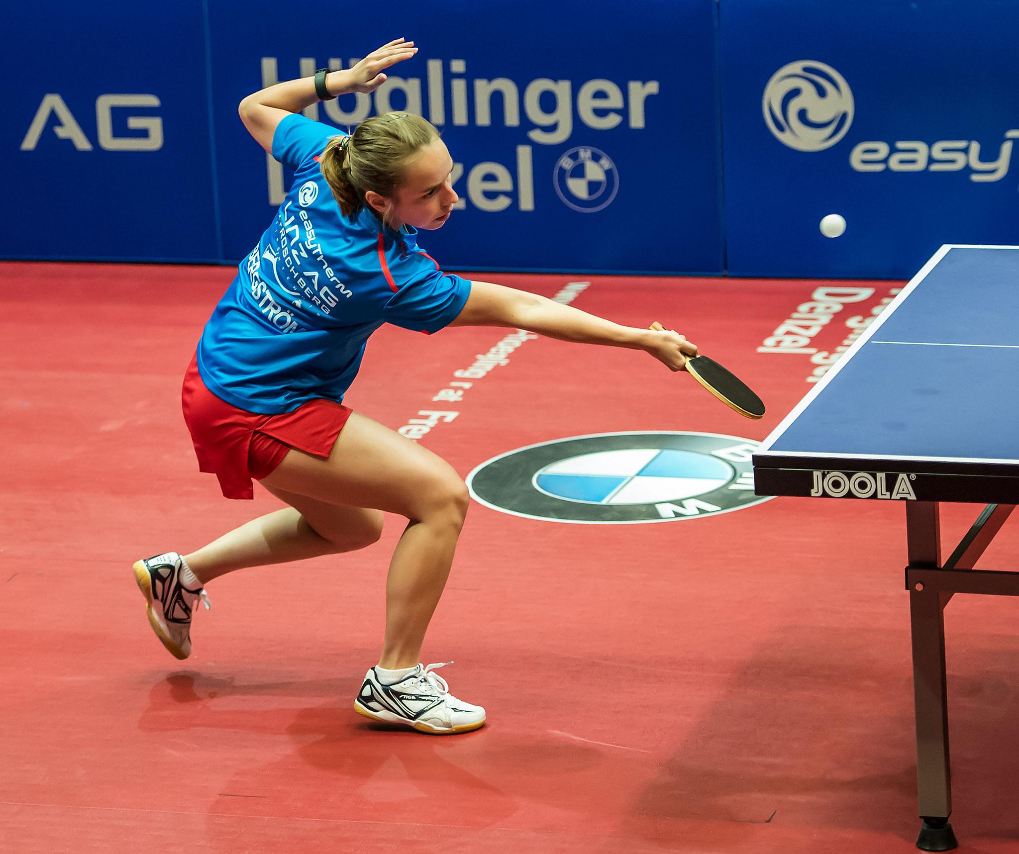 A. Bernkopf - Linda Bergström bei ihrem Sieg über Mikhailova Polina