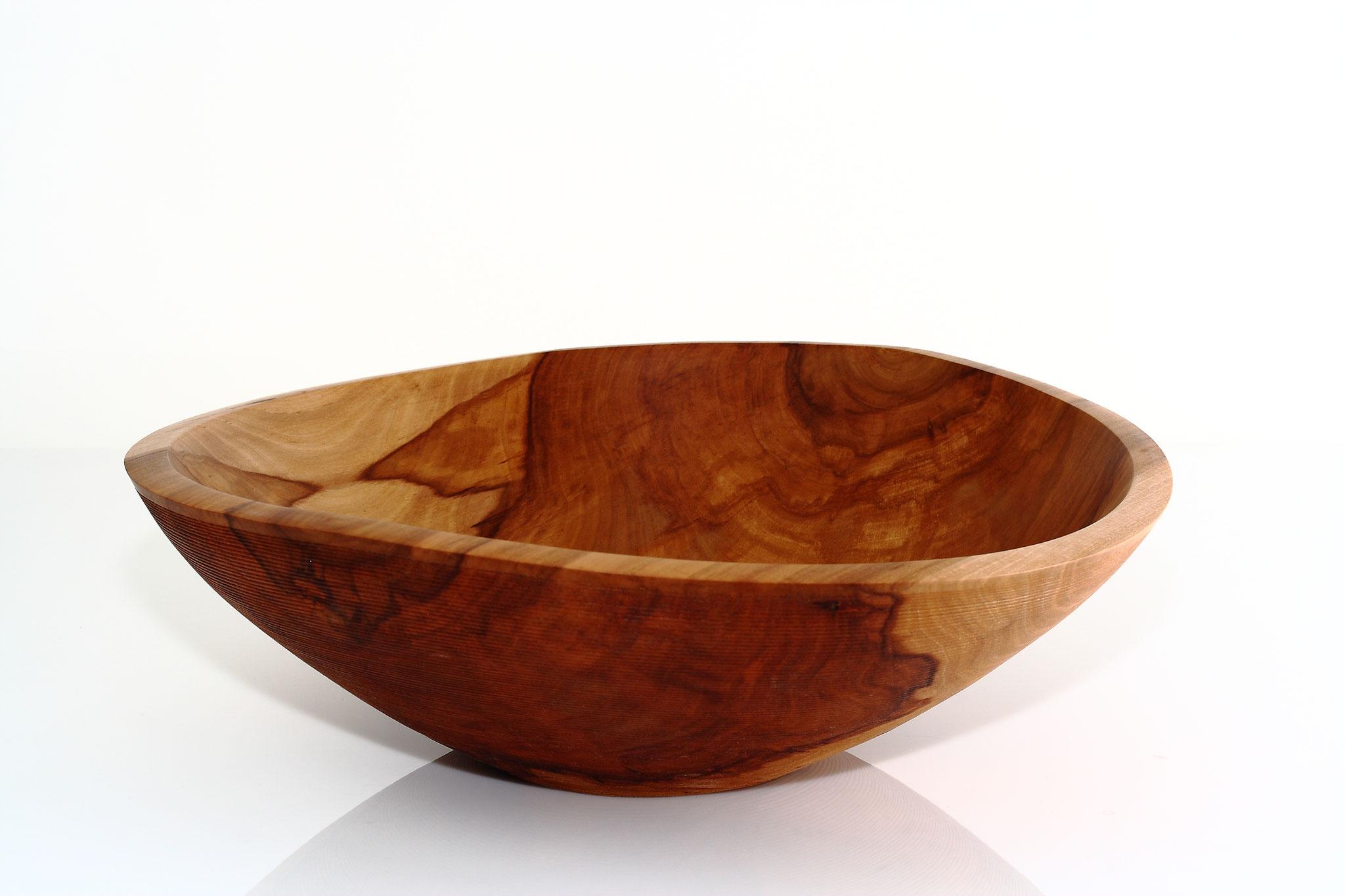 Schale aus Apfelholz