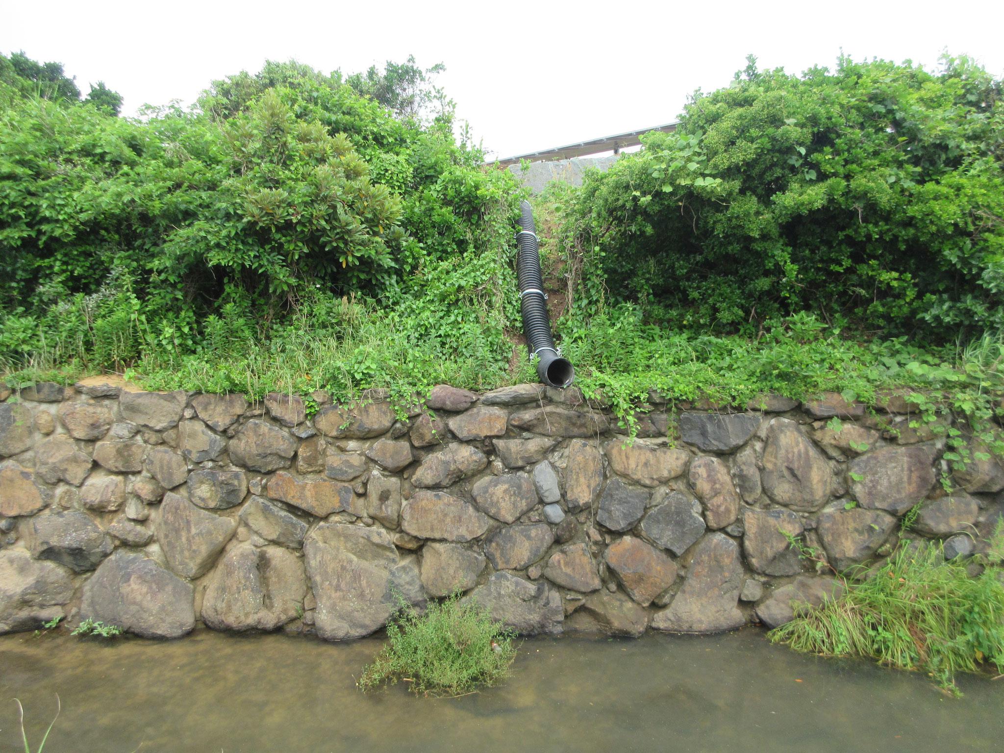 雨水排水河川放流