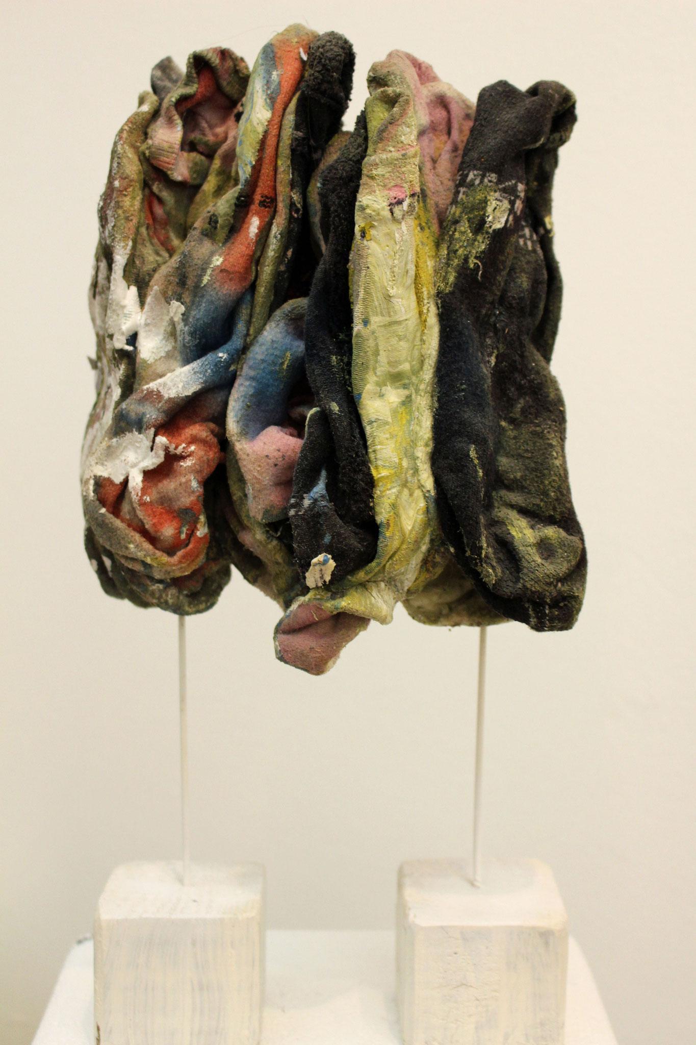 Les gens - Chaussettes et technique mixte - 2014 - 43x28cm