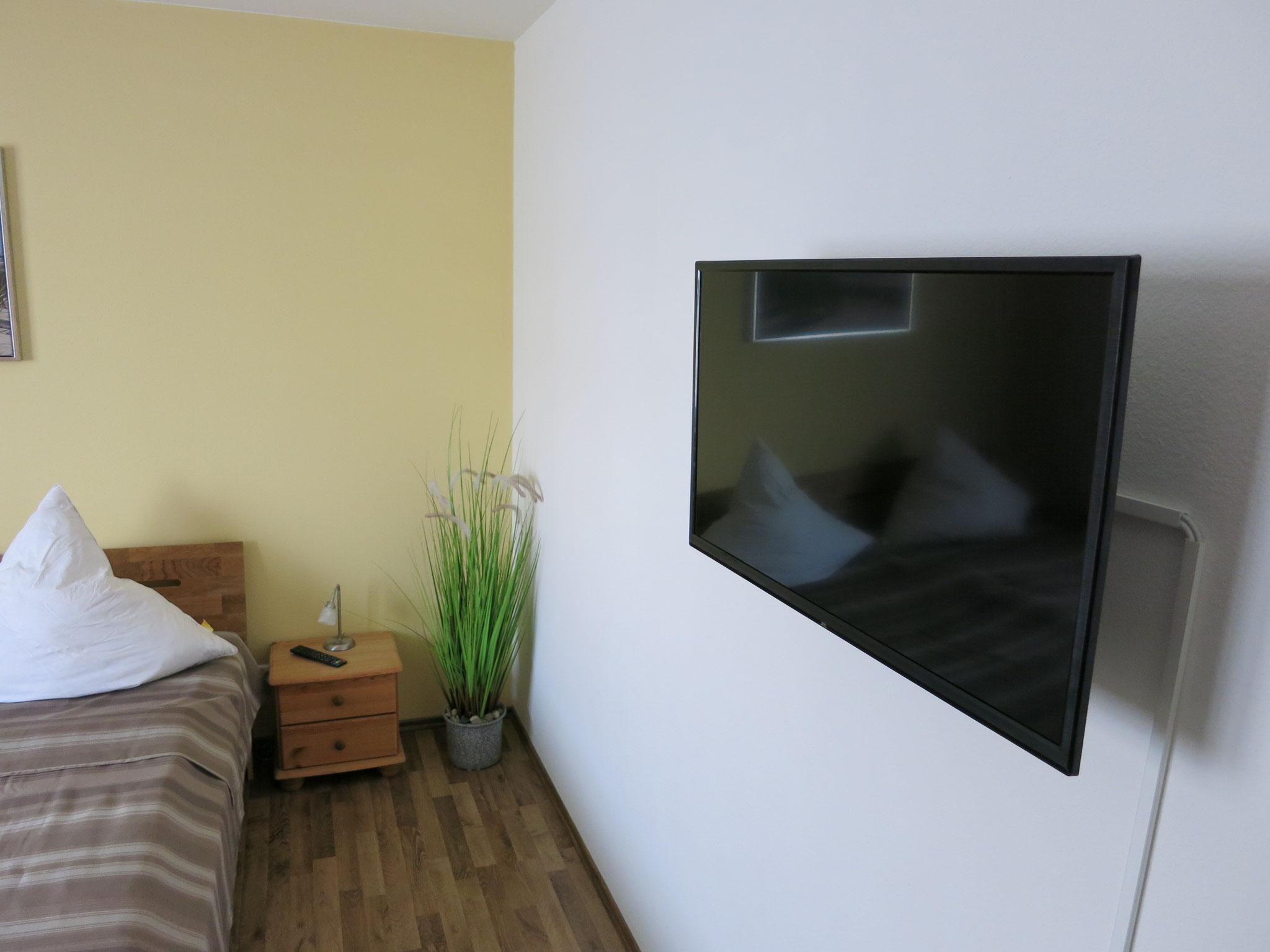 Schlafzimmer, 2. TV