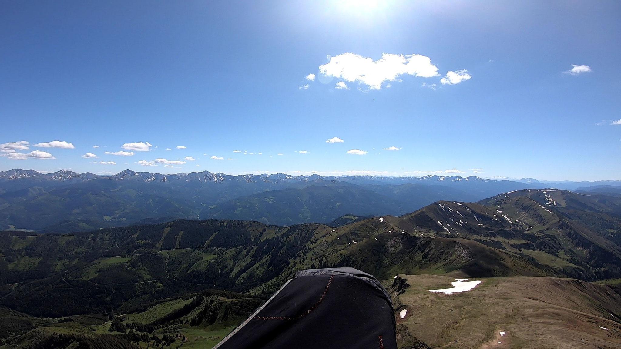 Das Palten-Liesing Tal zur linken...