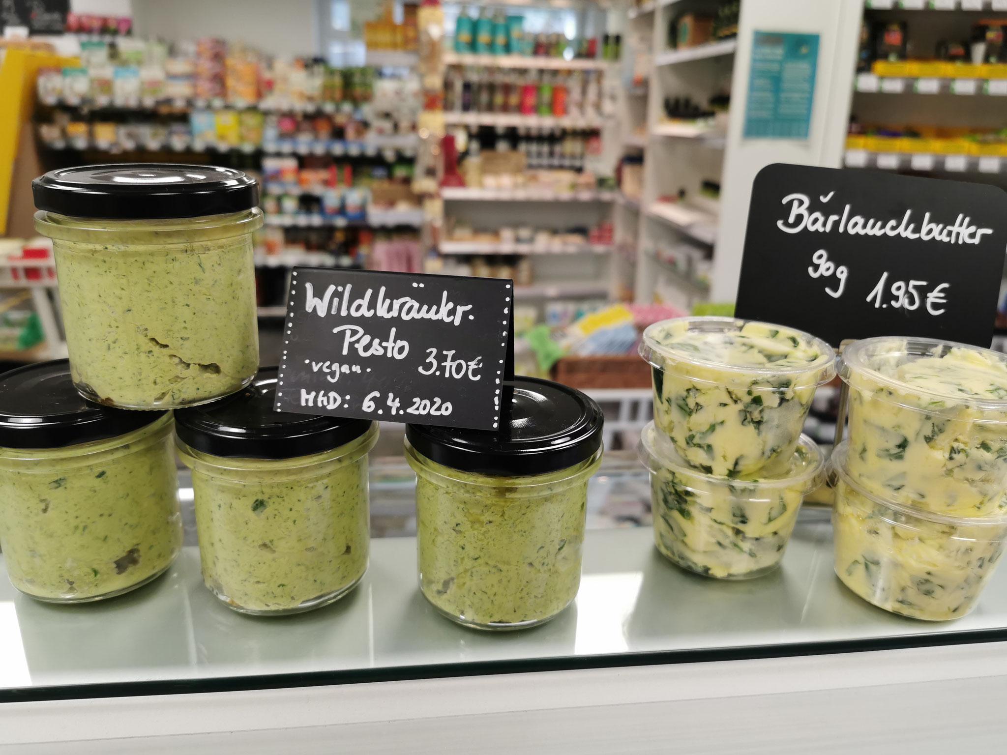 Veganes Wildkräuterpesto und Bärlauch-Butter