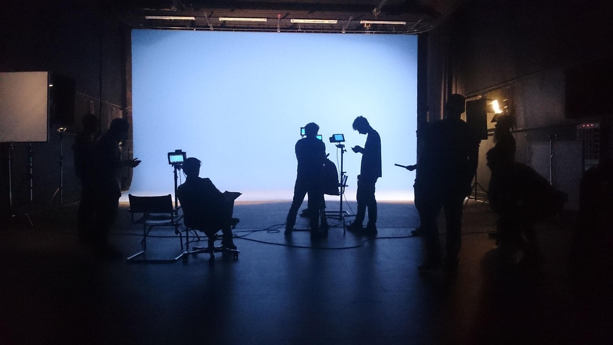 """Filmset im Studio """"ERWARTUNGEN"""""""