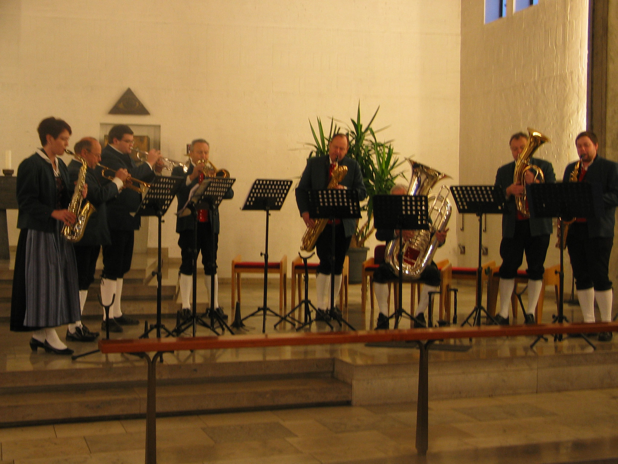 Das Ellgauer Bläser-Ensemble unter der Regie von Werner Schafnitzel erfreute mit drei musikalischen Beiträgen